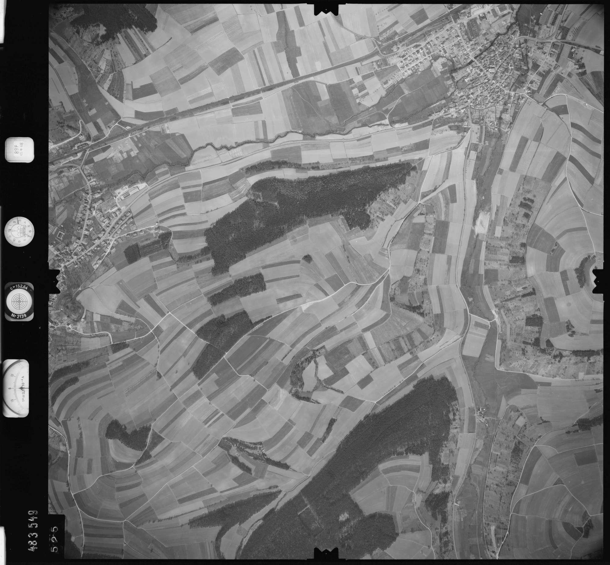 Luftbild: Film 897 Bildnr. 525, Bild 1
