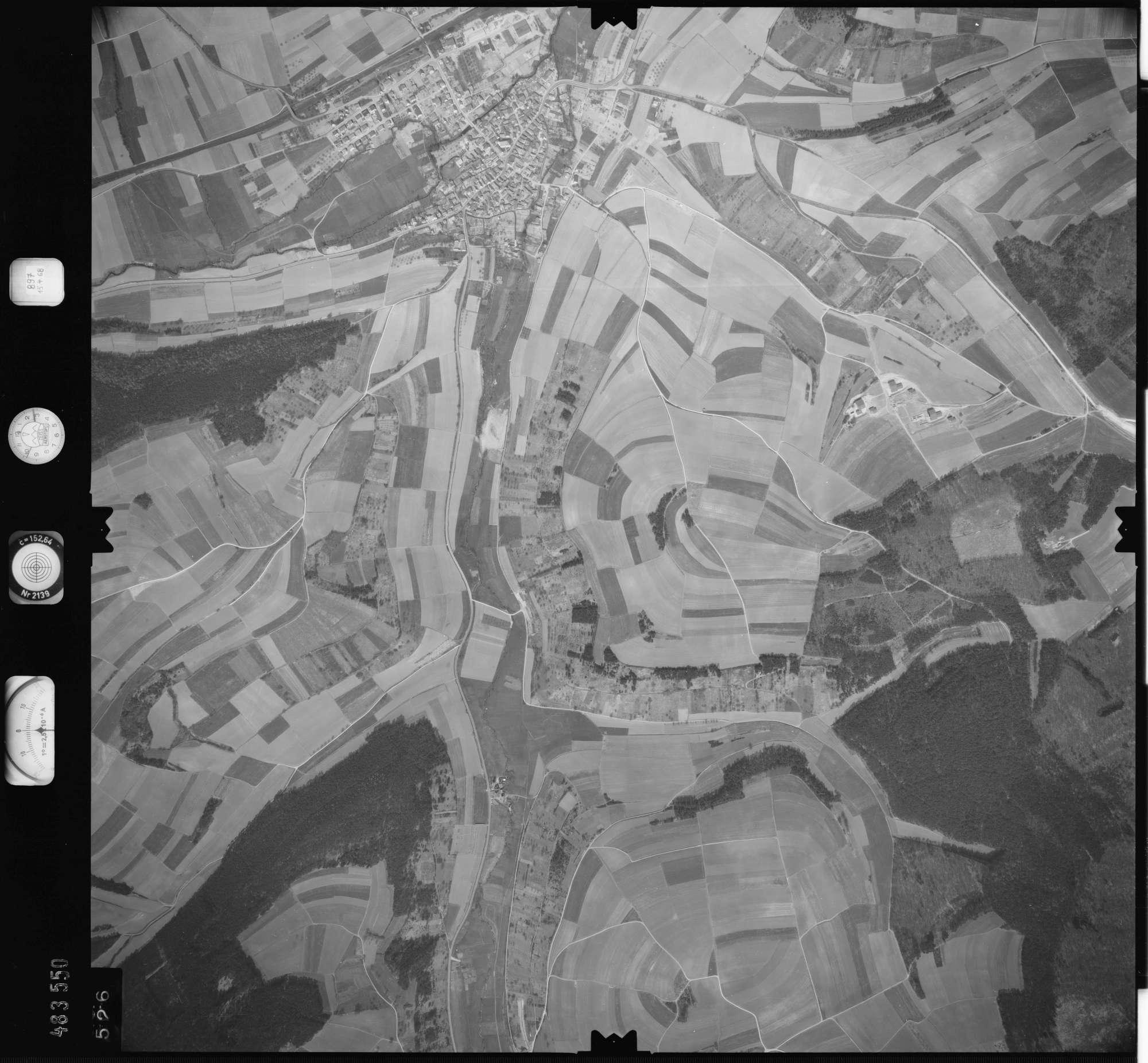 Luftbild: Film 897 Bildnr. 526, Bild 1