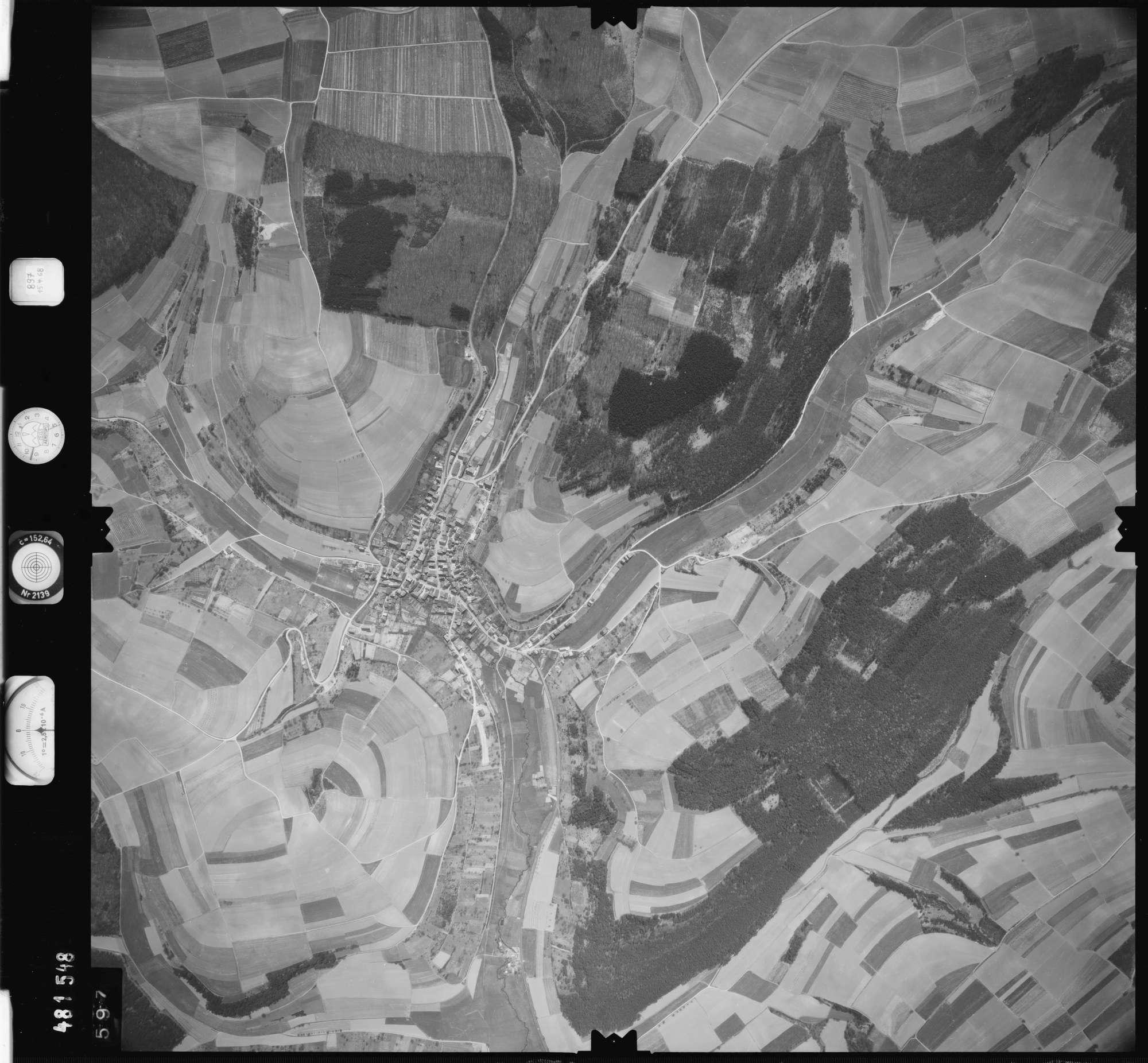 Luftbild: Film 897 Bildnr. 597, Bild 1
