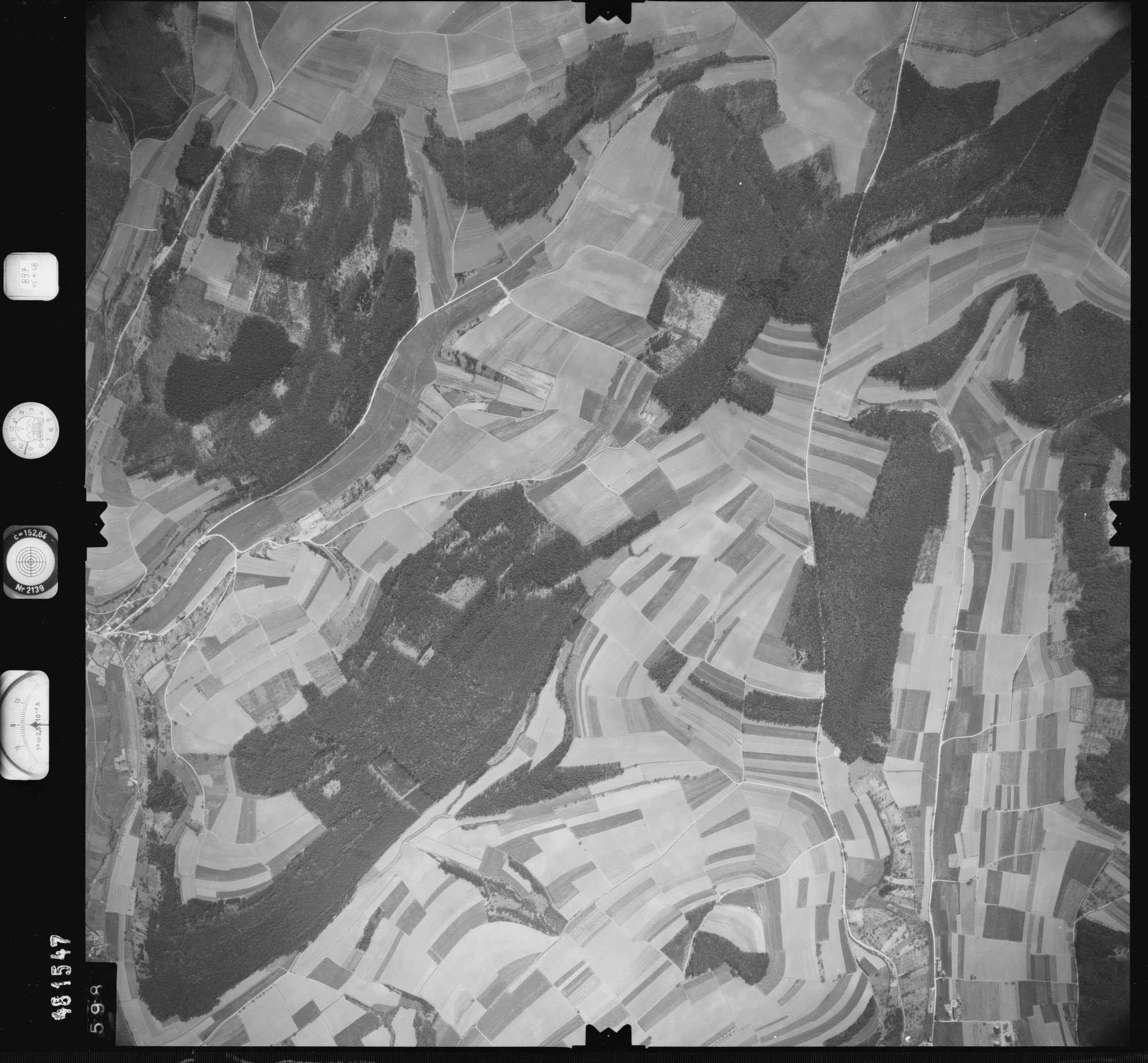 Luftbild: Film 897 Bildnr. 598, Bild 1