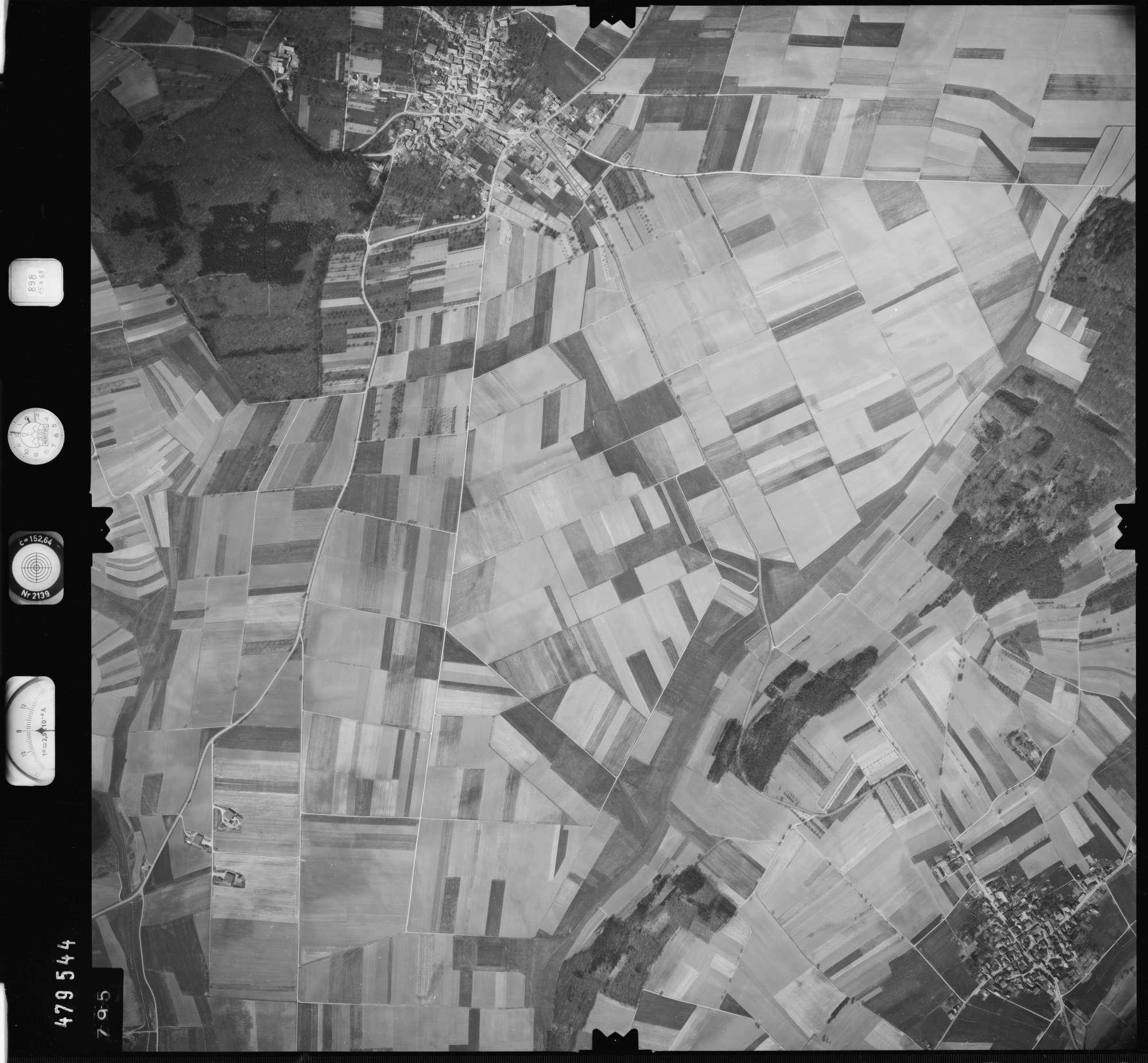 Luftbild: Film 898 Bildnr. 795, Bild 1