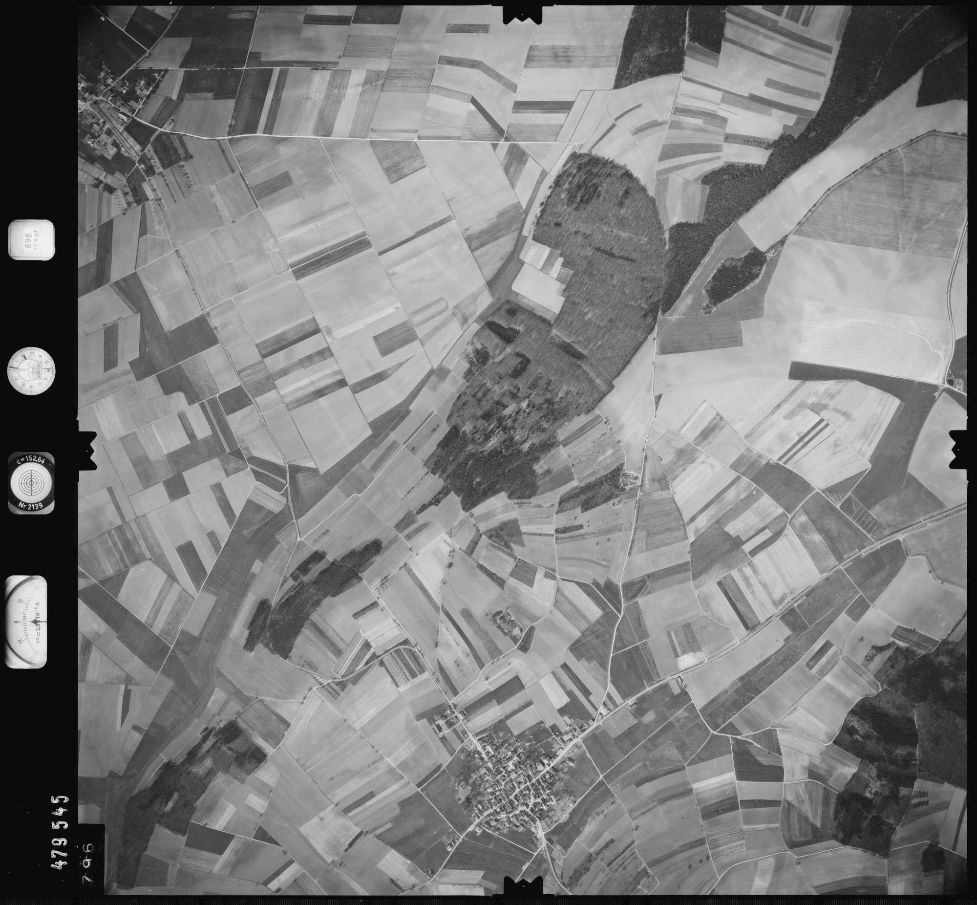 Luftbild: Film 898 Bildnr. 796, Bild 1