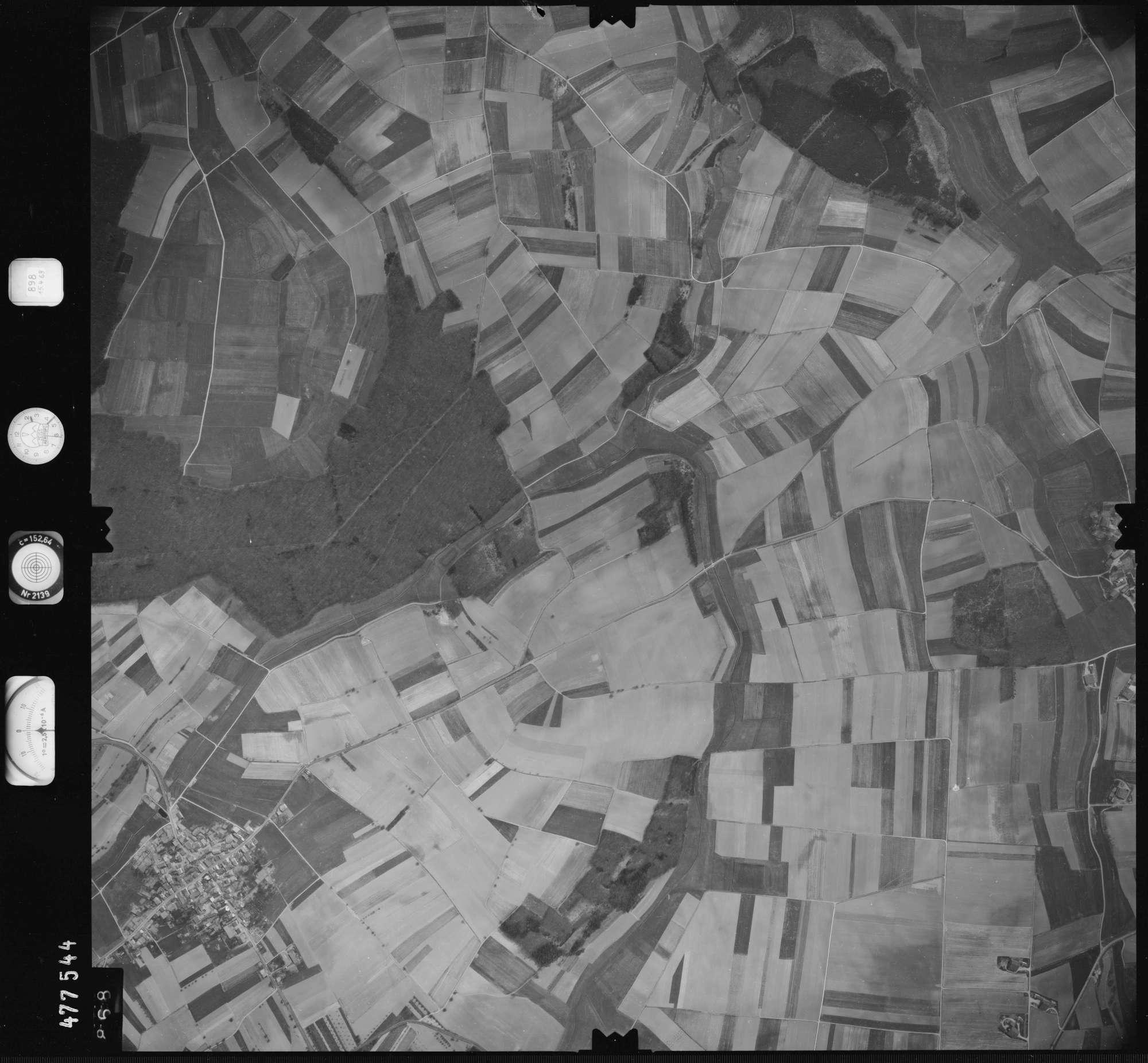 Luftbild: Film 898 Bildnr. 868, Bild 1