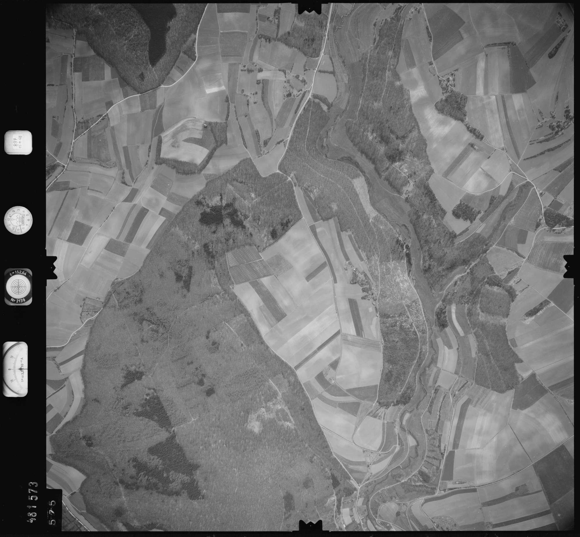 Luftbild: Film 897 Bildnr. 575, Bild 1