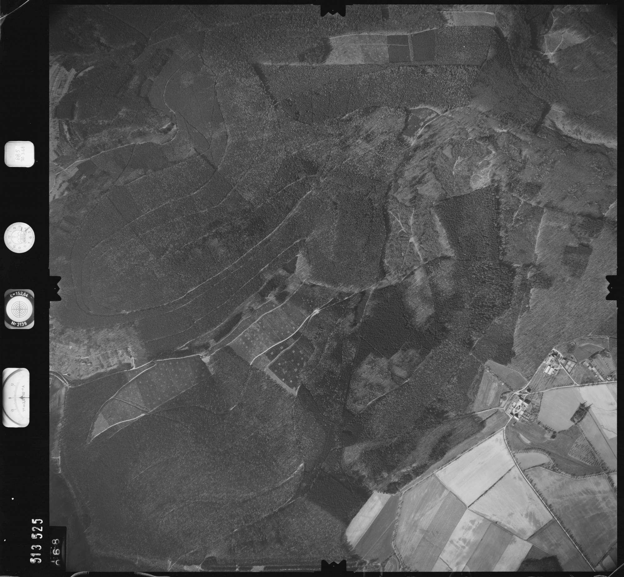 Luftbild: Film 885 Bildnr. 68, Bild 1