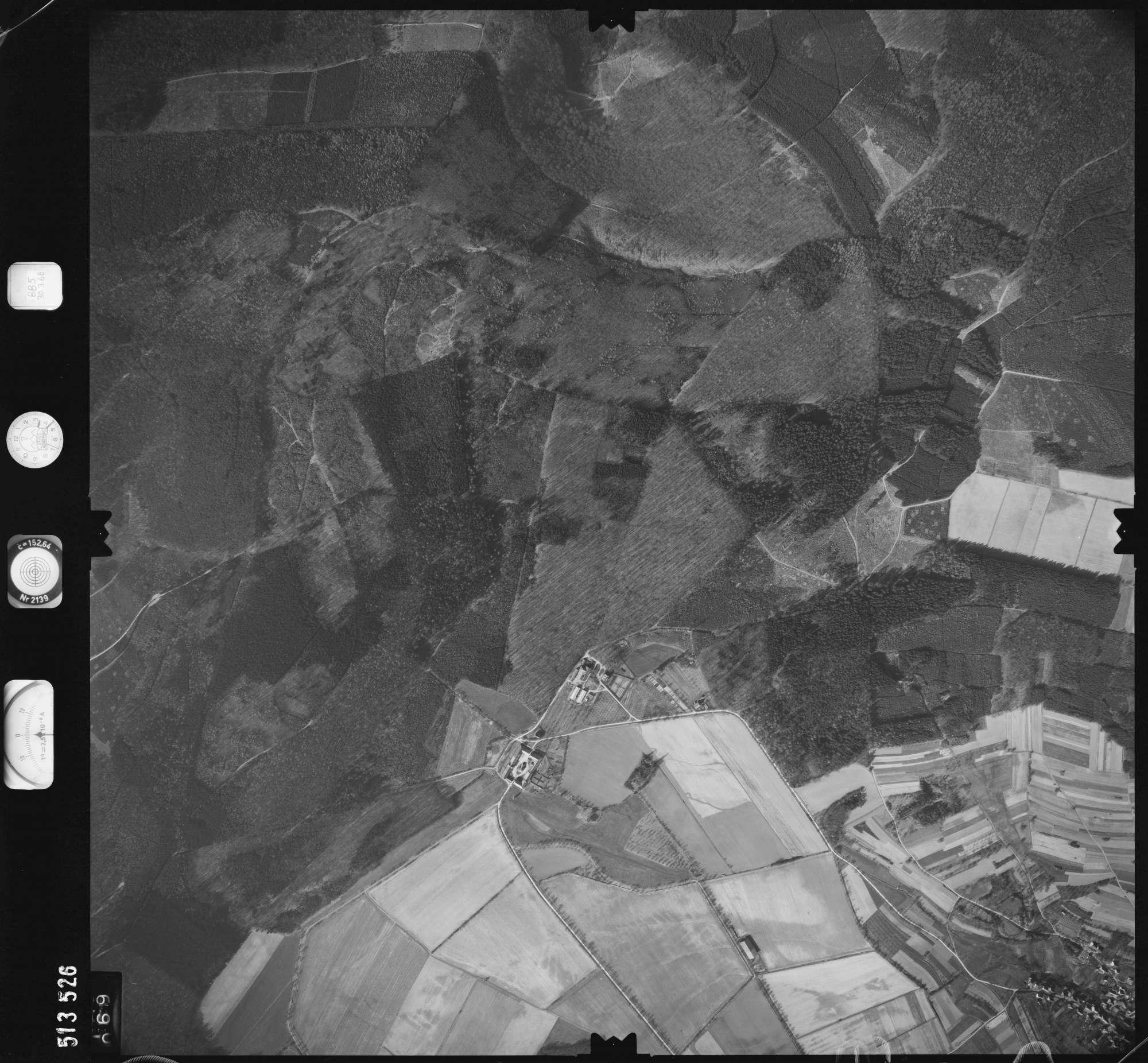 Luftbild: Film 885 Bildnr. 69, Bild 1