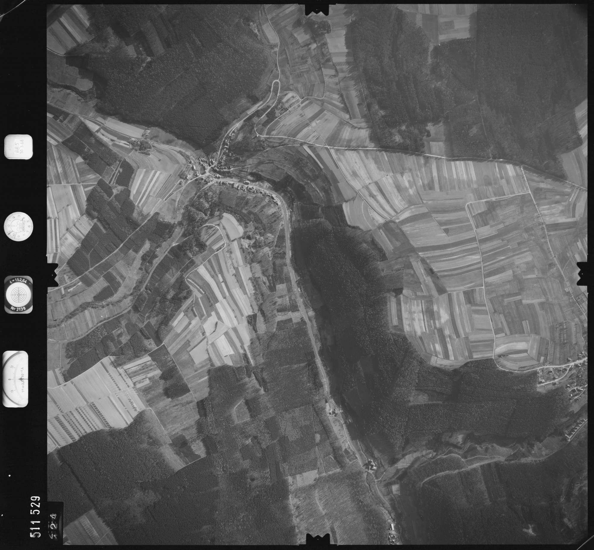 Luftbild: Film 885 Bildnr. 124, Bild 1