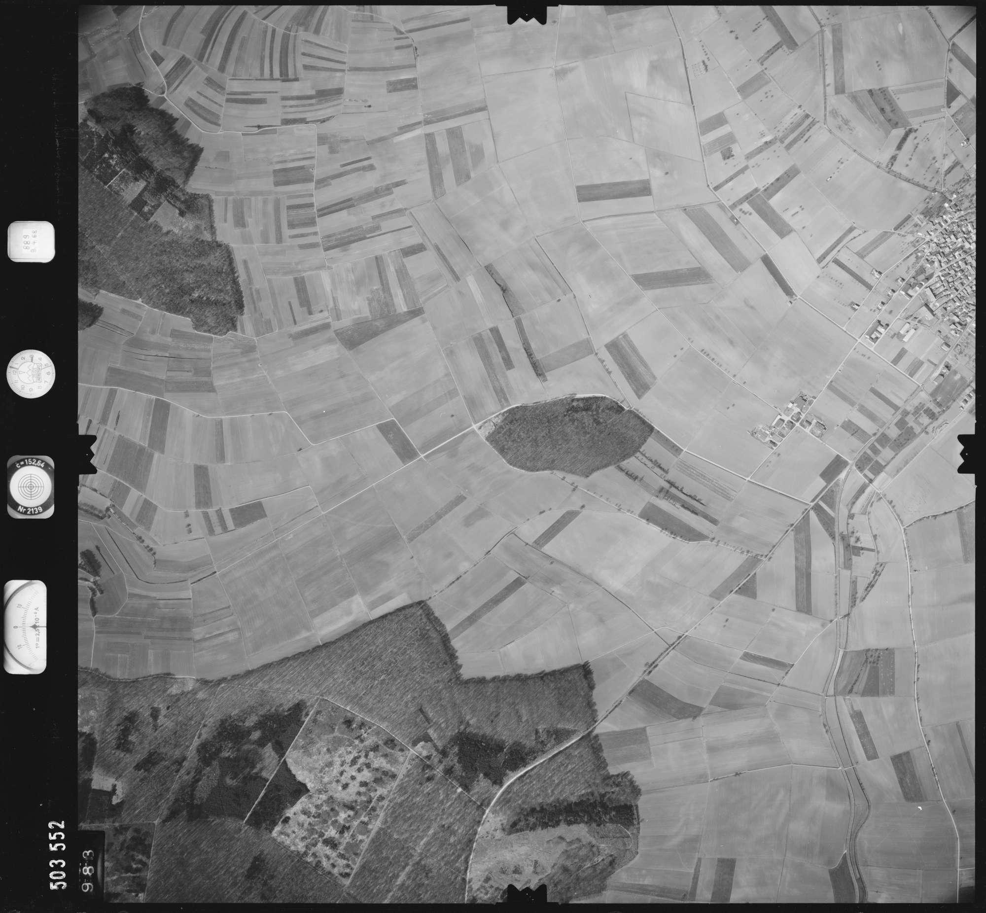Luftbild: Film 890 Bildnr. 983, Bild 1
