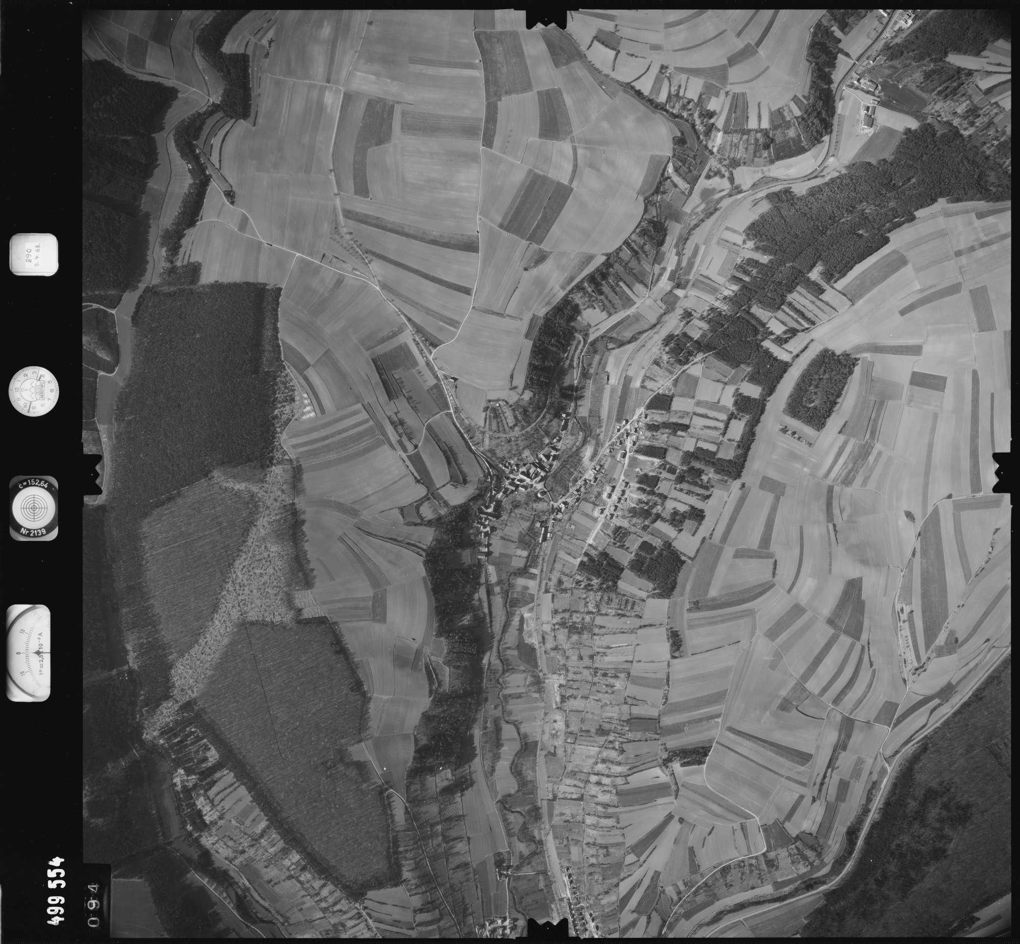 Luftbild: Film 889 Bildnr. 94, Bild 1