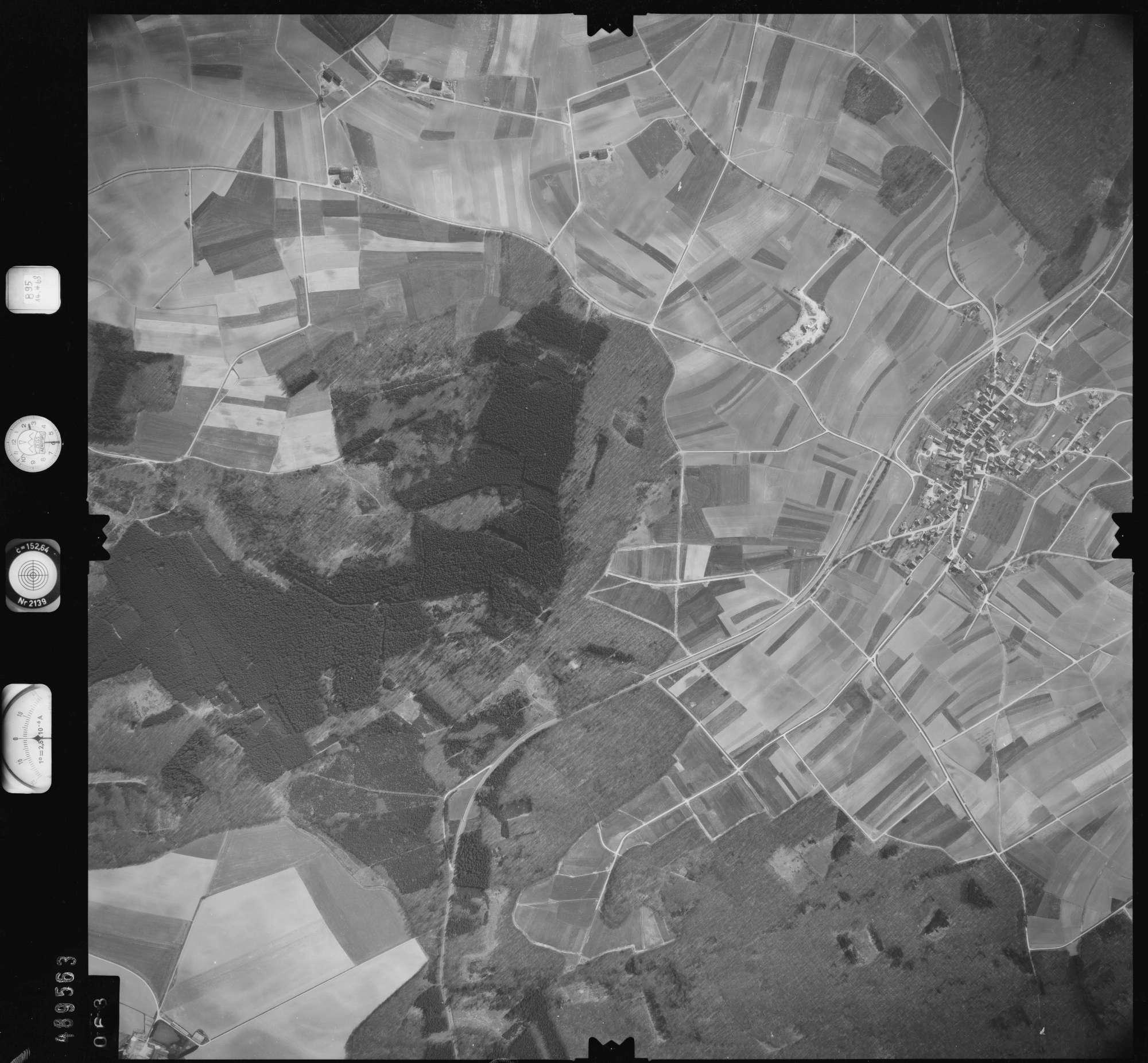 Luftbild: Film 895 Bildnr. 63, Bild 1
