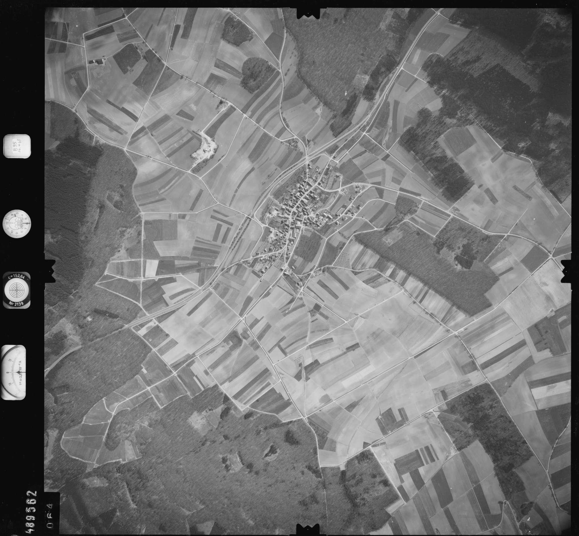 Luftbild: Film 895 Bildnr. 64, Bild 1