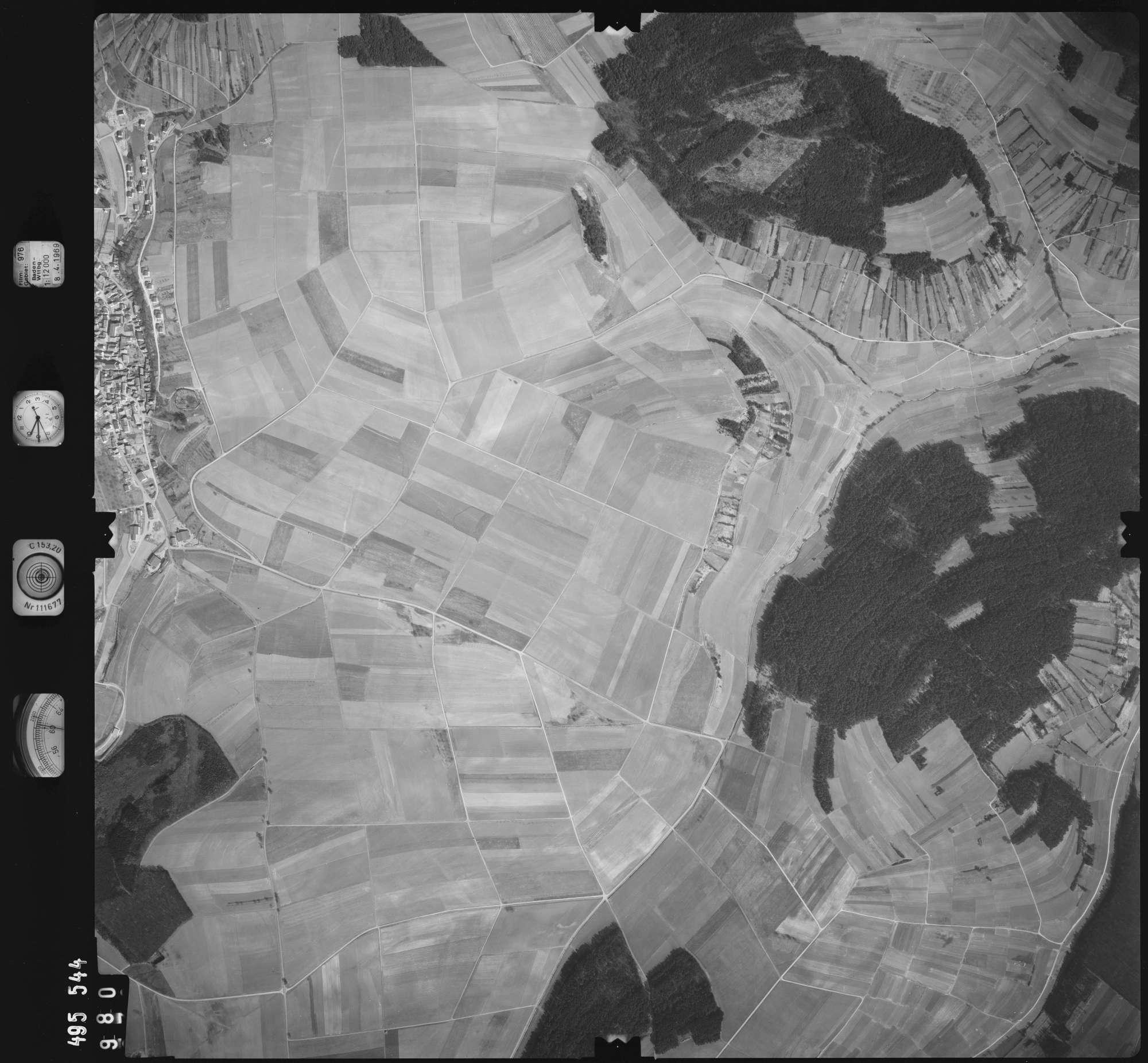 Luftbild: Film 976 Bildnr. 980, Bild 1