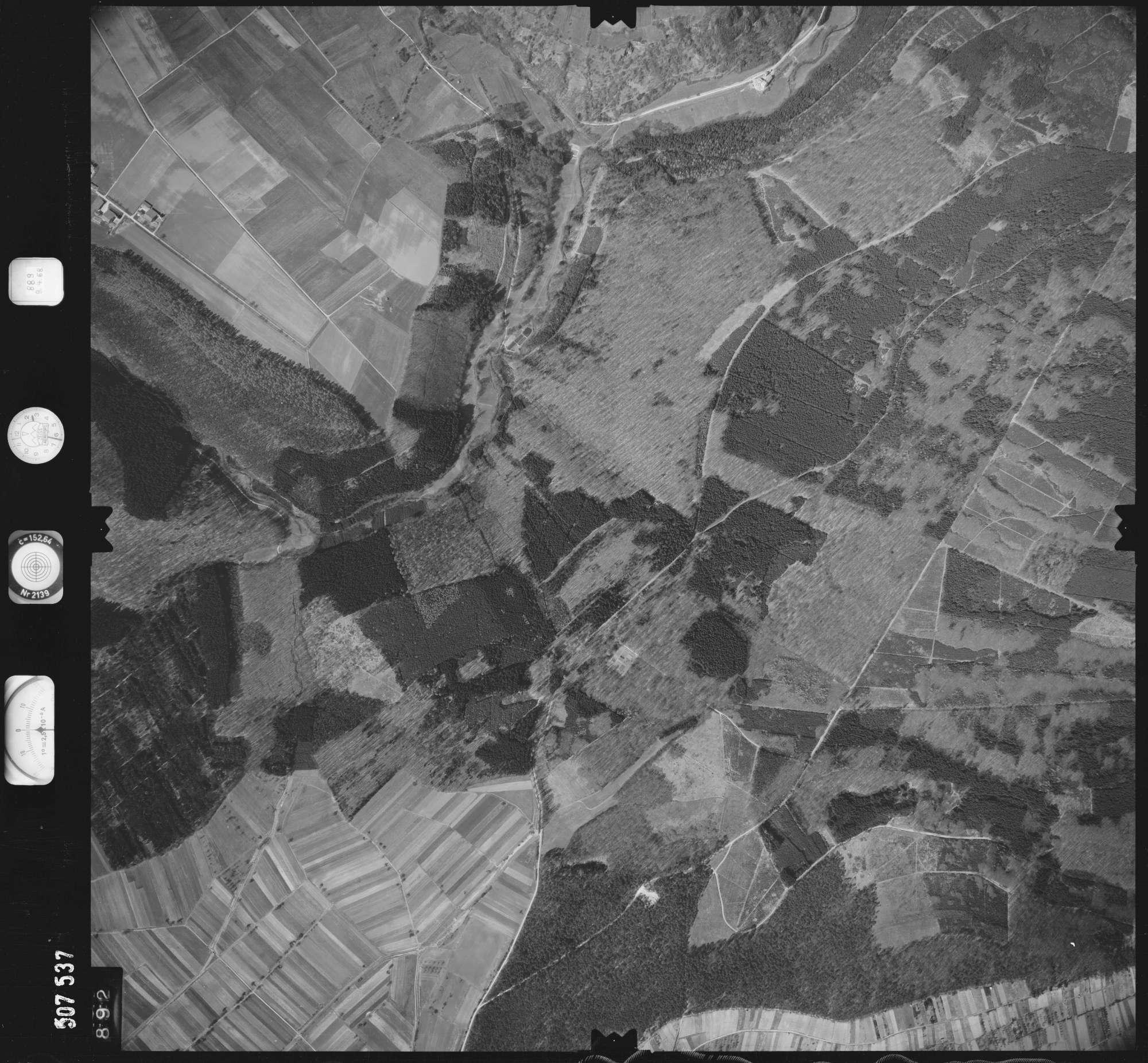 Luftbild: Film 890 Bildnr. 892, Bild 1