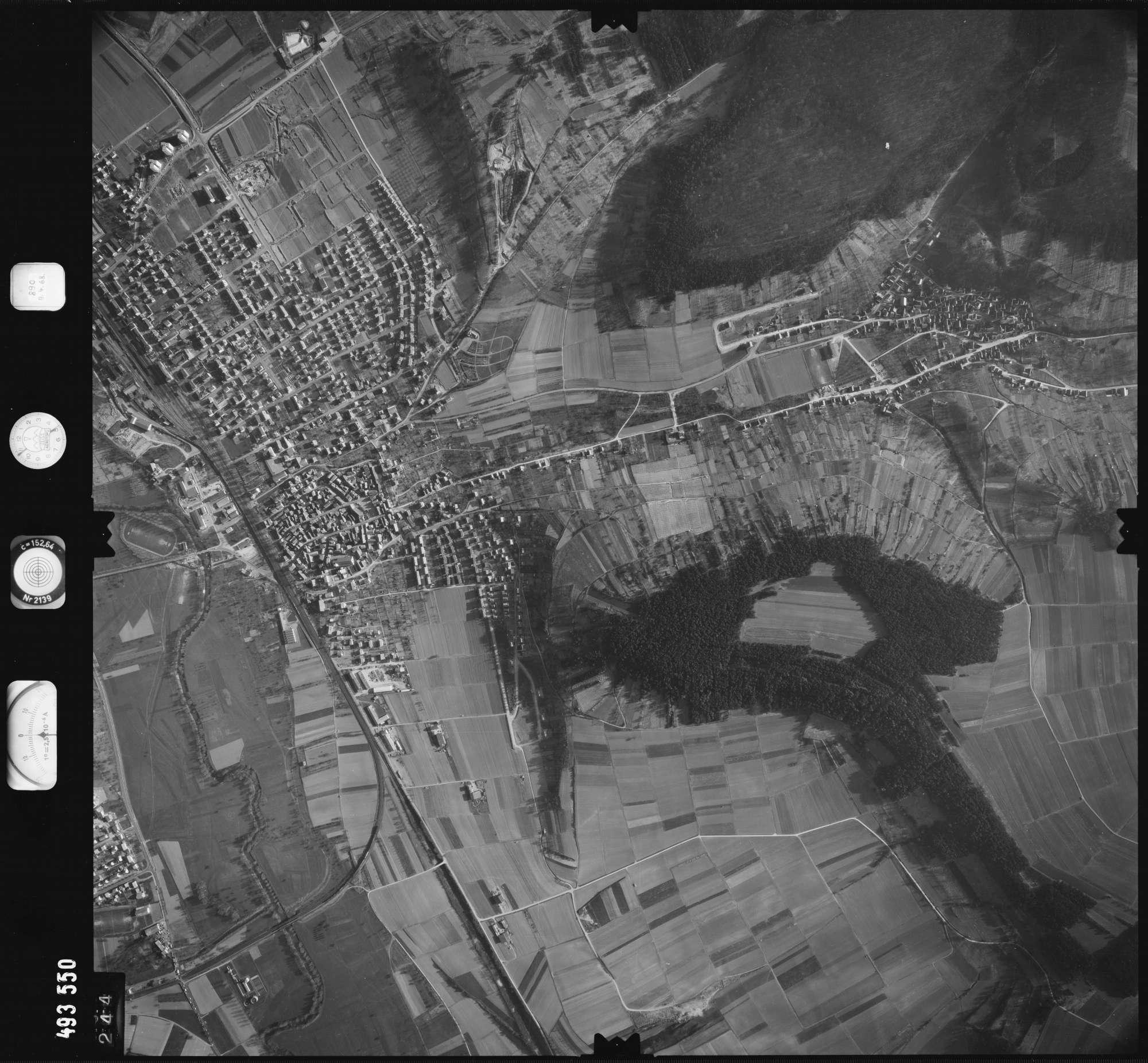 Luftbild: Film 889 Bildnr. 244, Bild 1