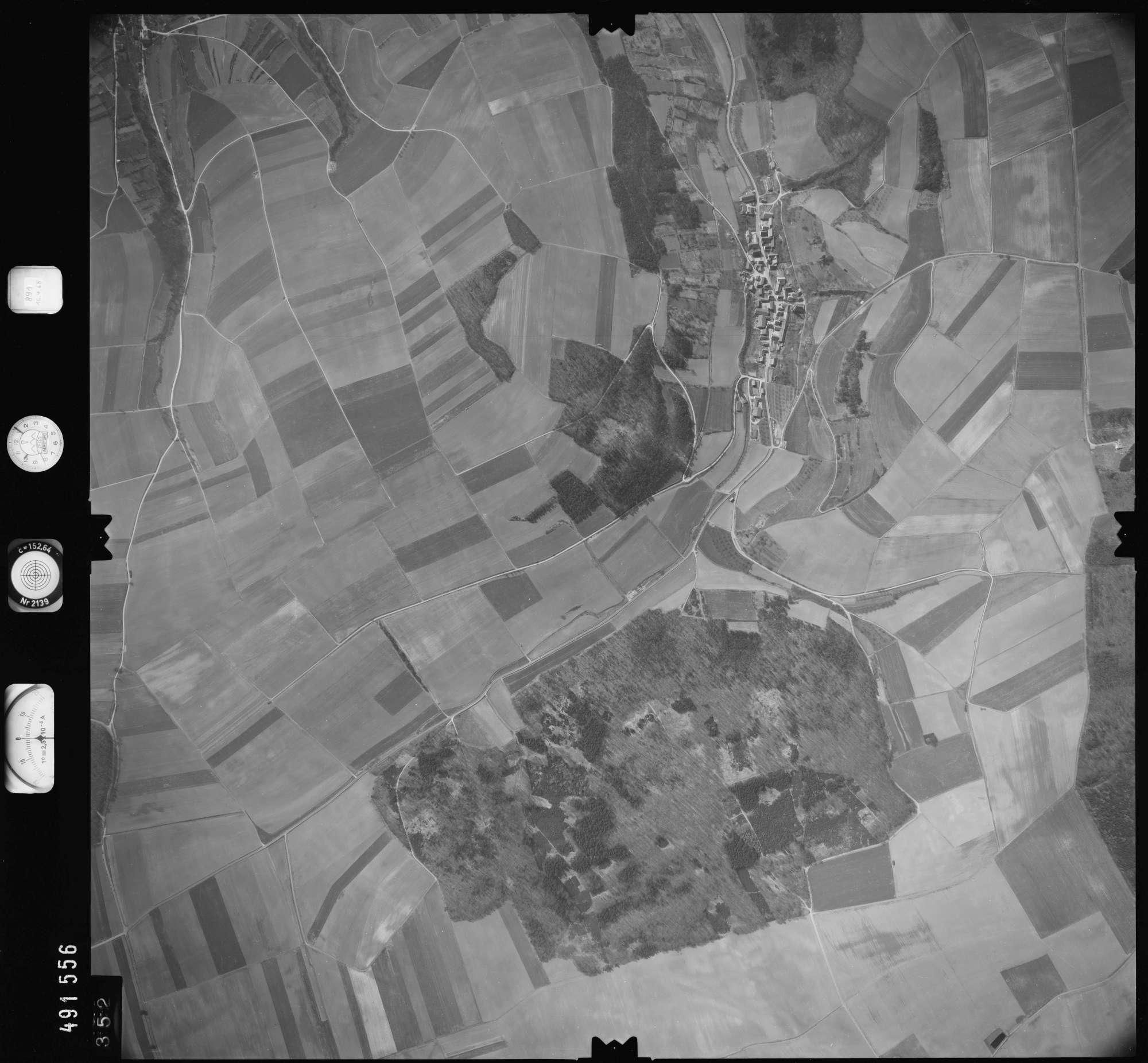 Luftbild: Film 891 Bildnr. 352, Bild 1