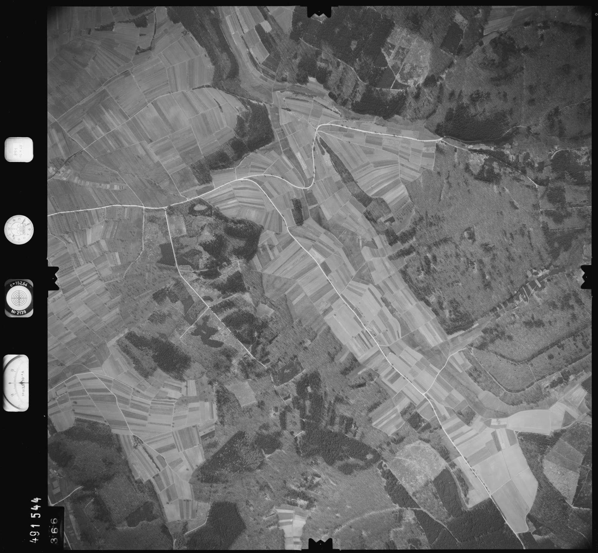 Luftbild: Film 891 Bildnr. 366, Bild 1