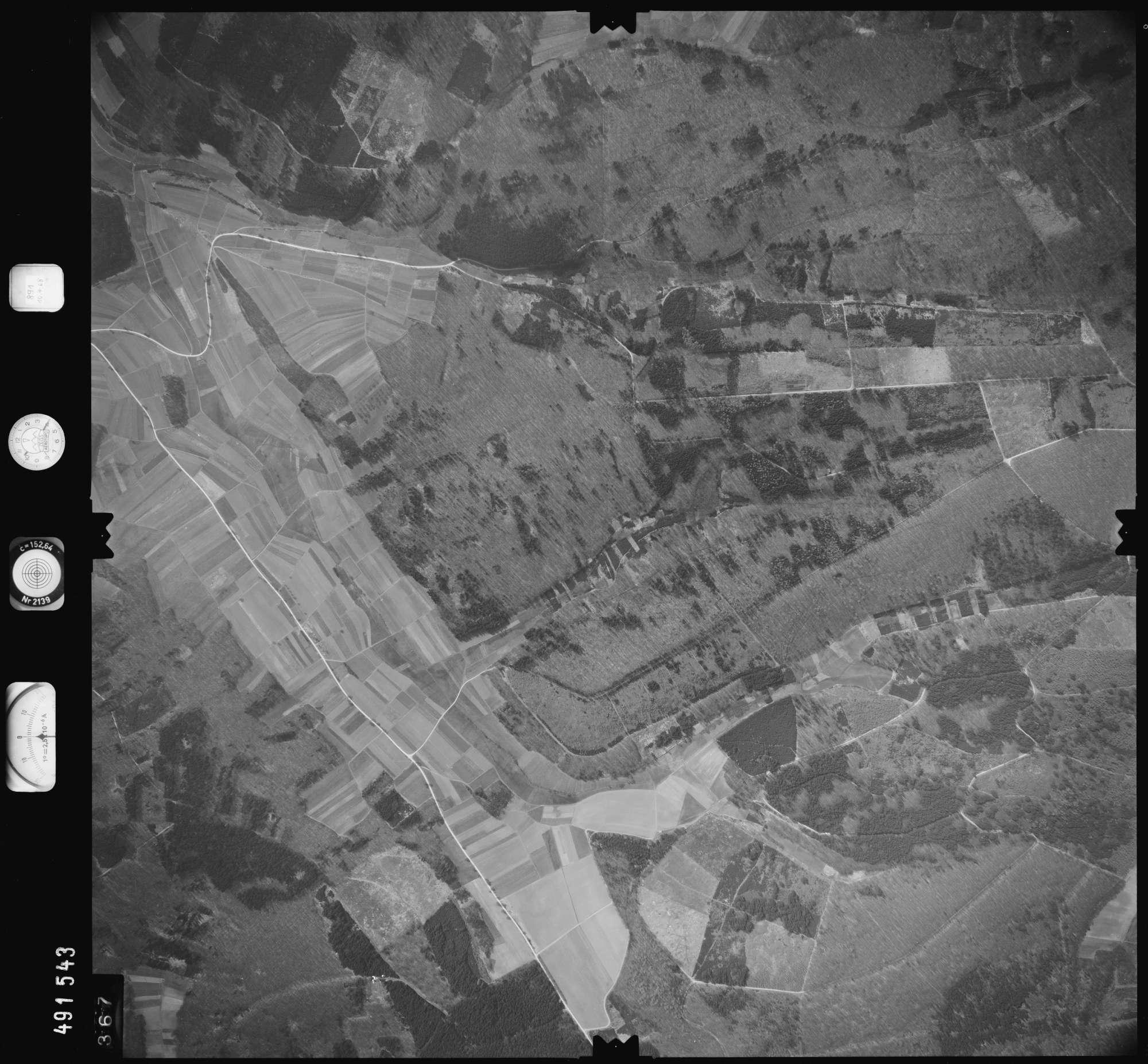 Luftbild: Film 891 Bildnr. 367, Bild 1