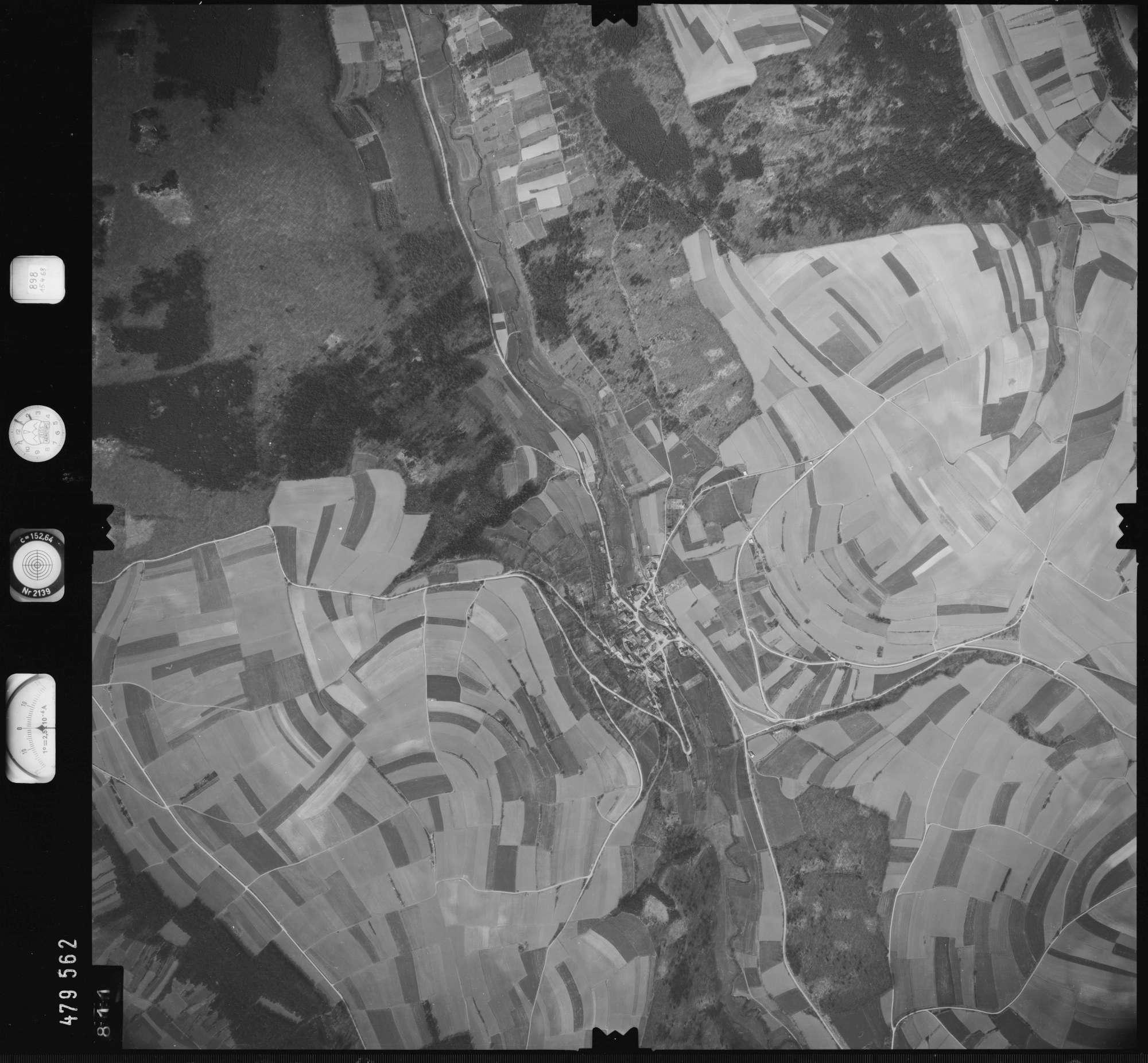 Luftbild: Film 898 Bildnr. 811, Bild 1