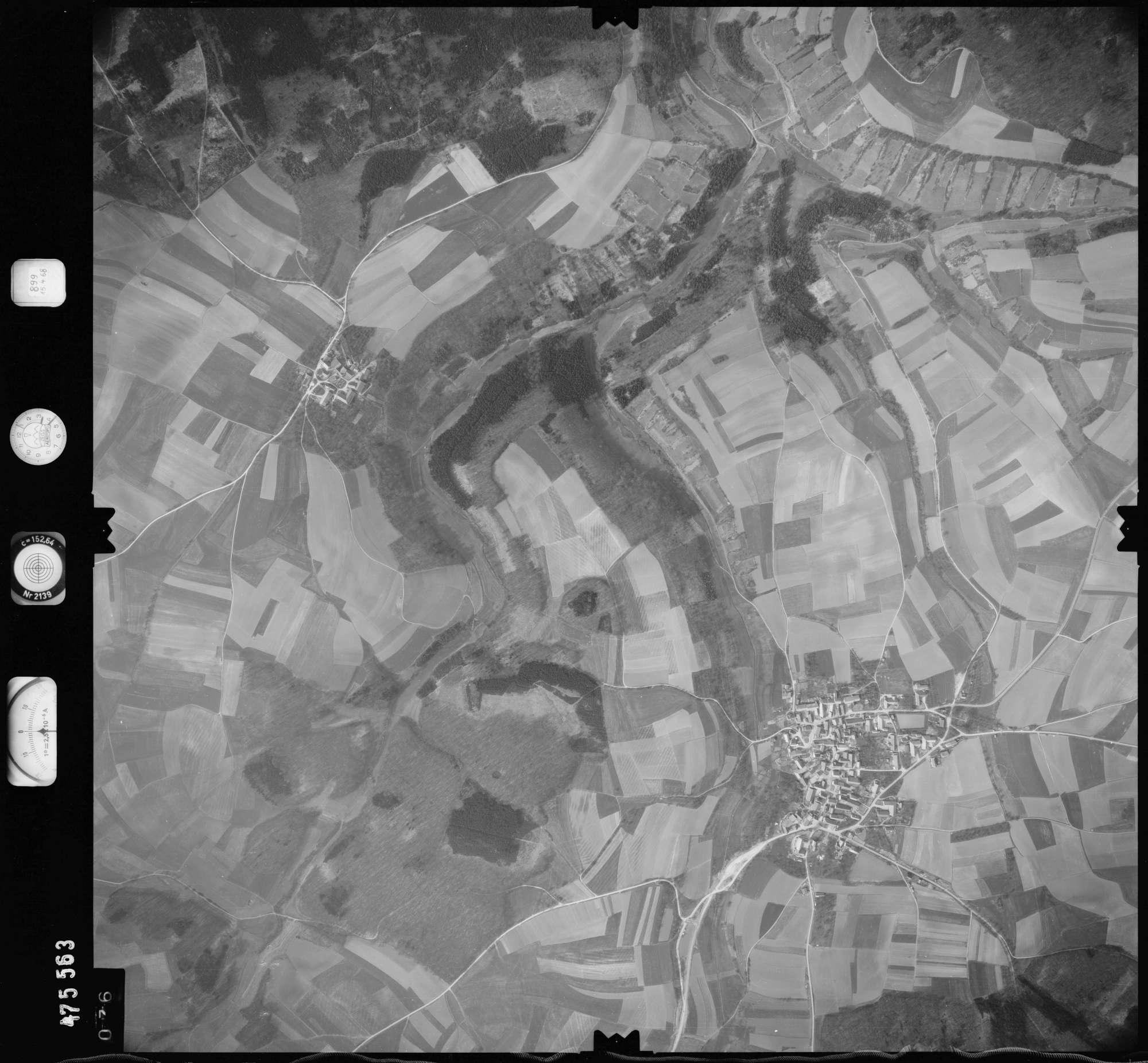 Luftbild: Film 899 Bildnr. 76, Bild 1