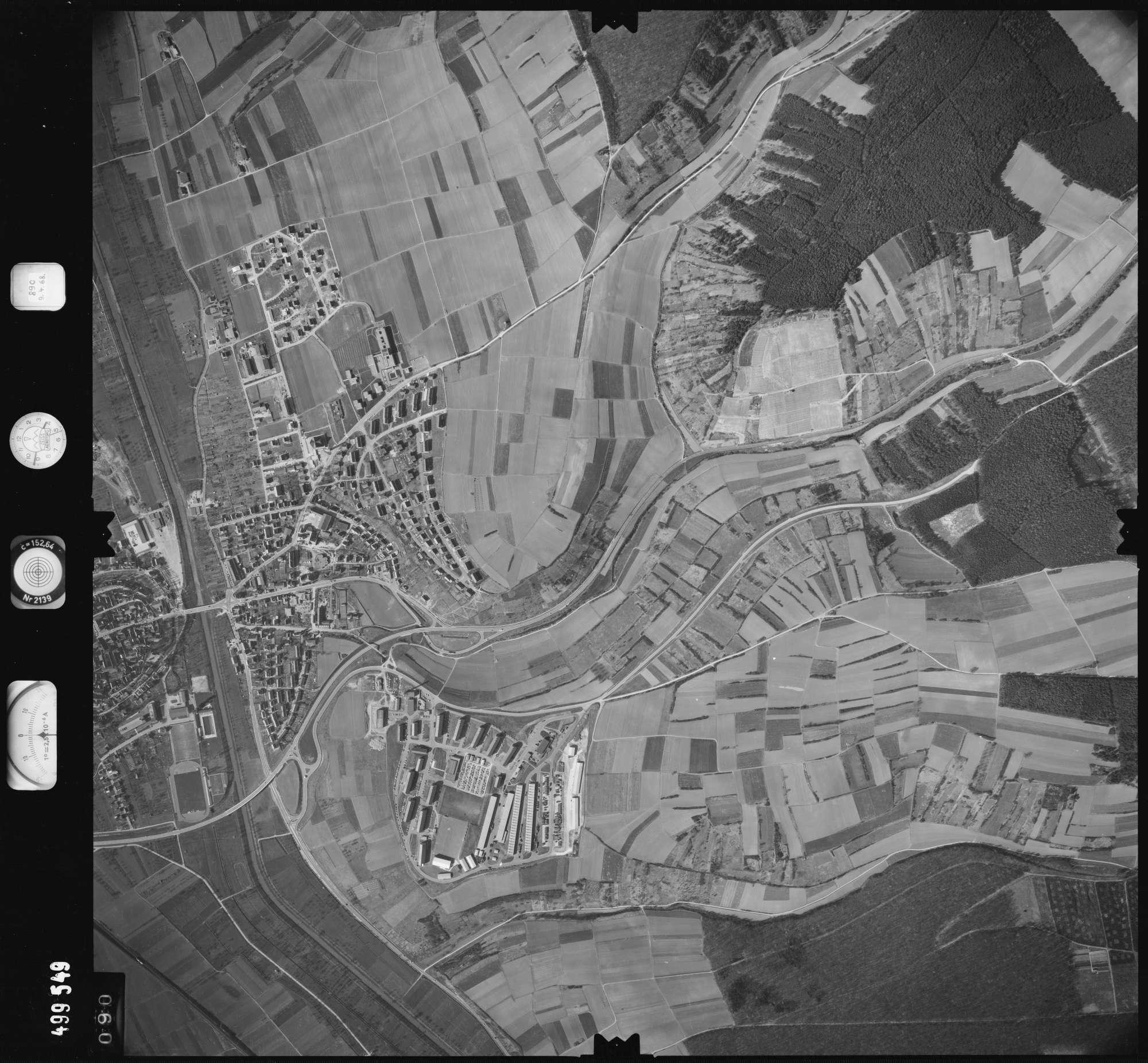 Luftbild: Film 889 Bildnr. 90, Bild 1