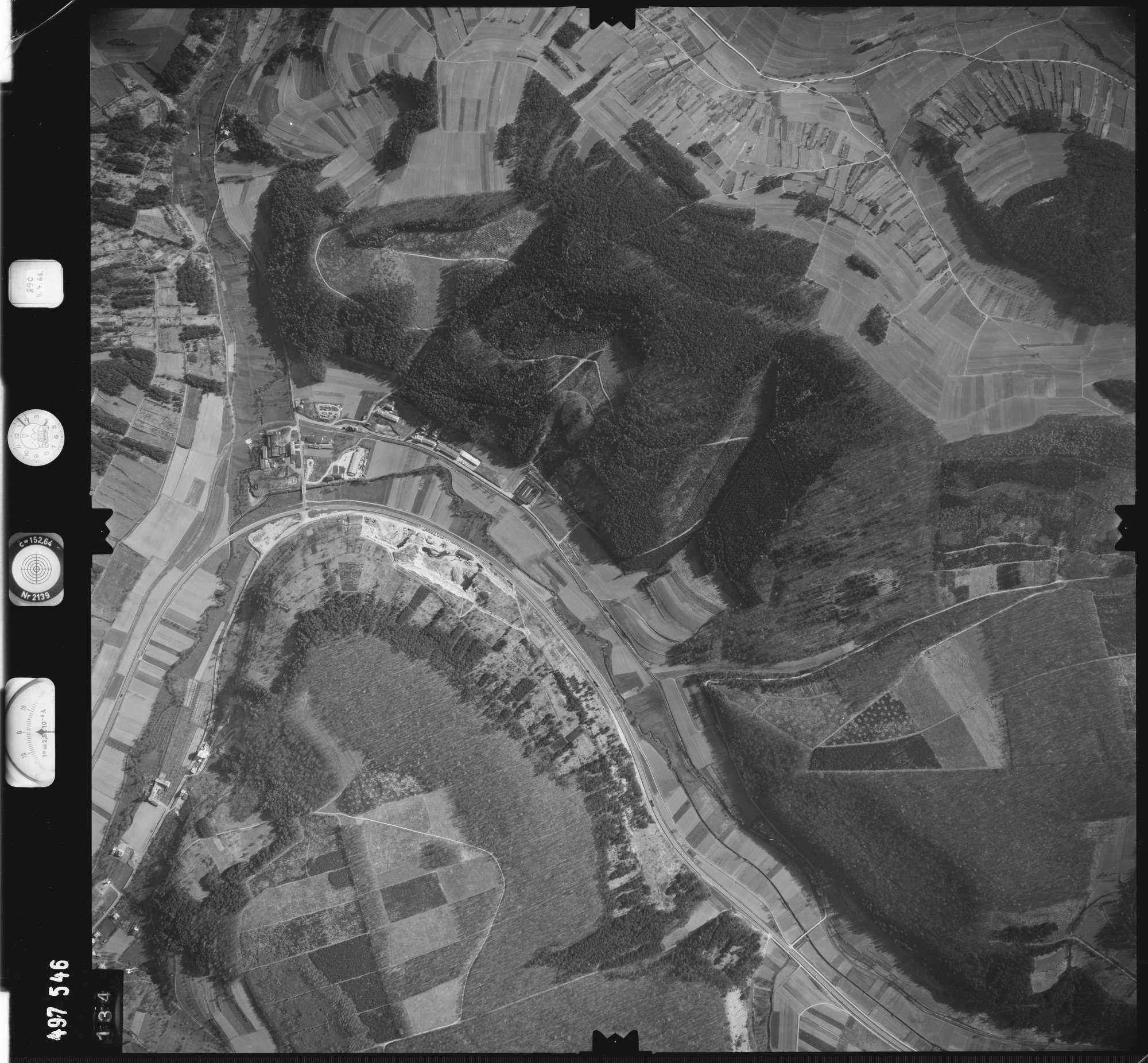 Luftbild: Film 889 Bildnr. 134, Bild 1