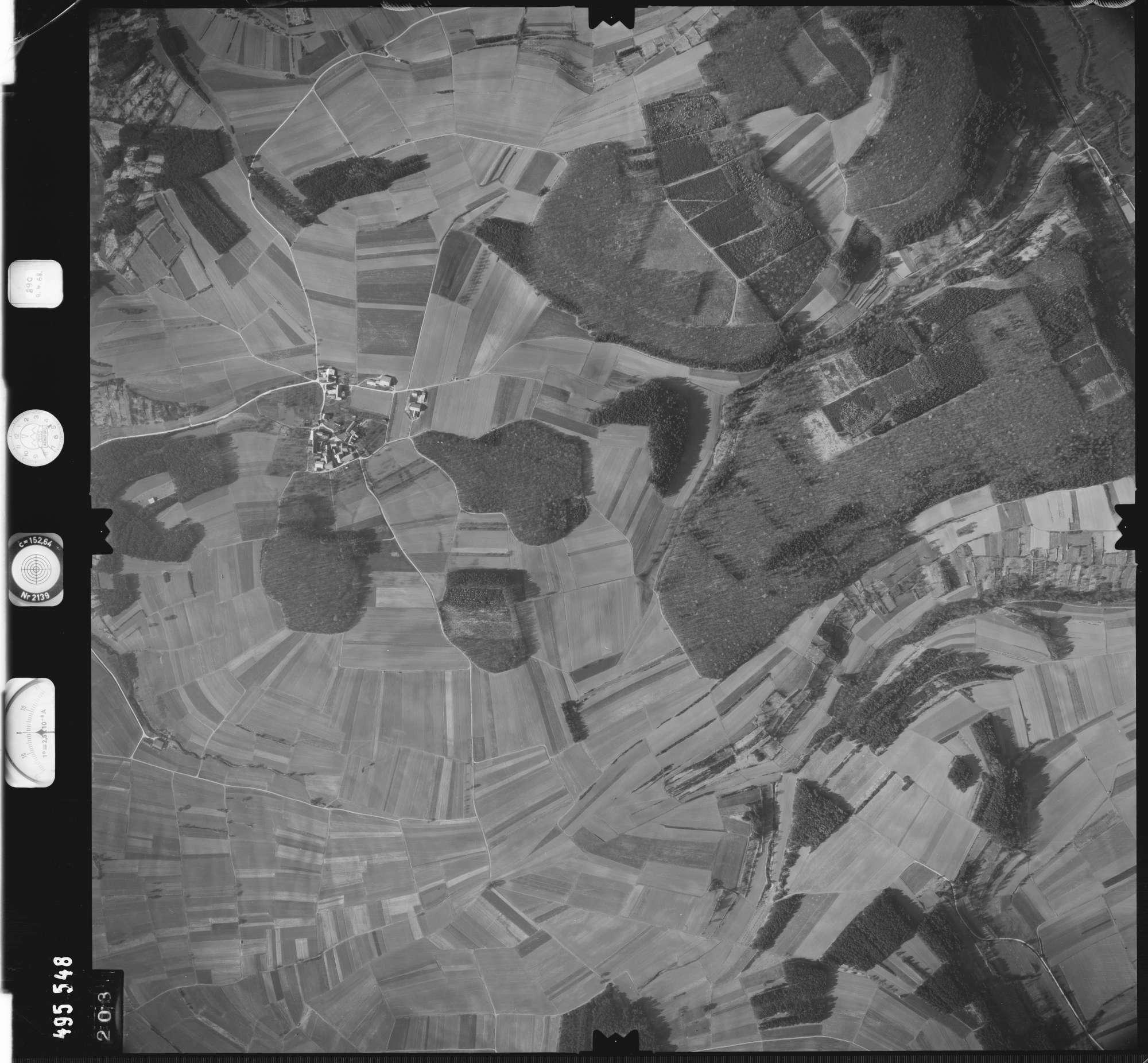 Luftbild: Film 889 Bildnr. 203, Bild 1