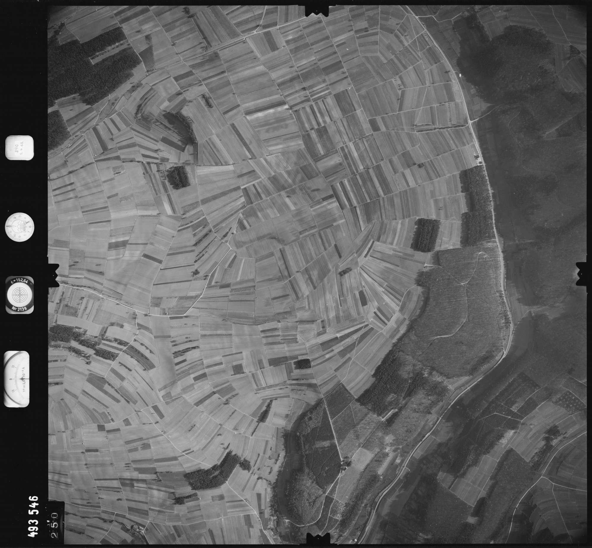 Luftbild: Film 889 Bildnr. 250, Bild 1