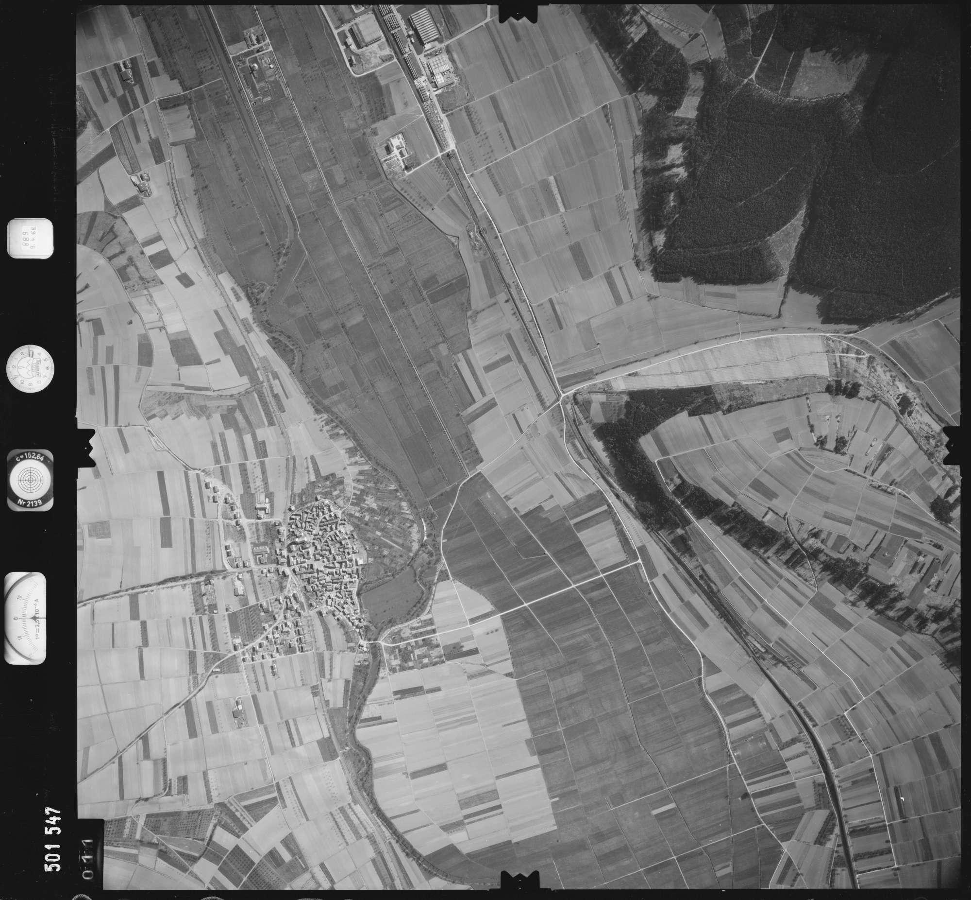 Luftbild: Film 890 Bildnr. 11, Bild 1