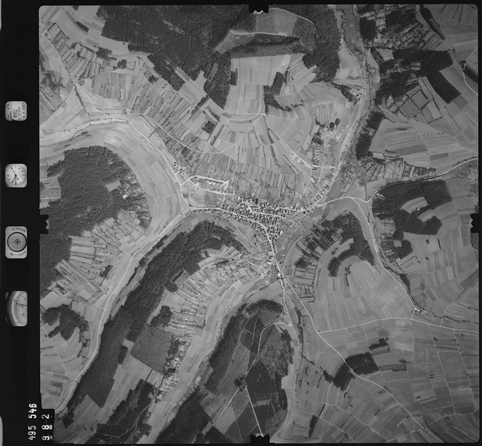 Luftbild: Film 976 Bildnr. 982, Bild 1
