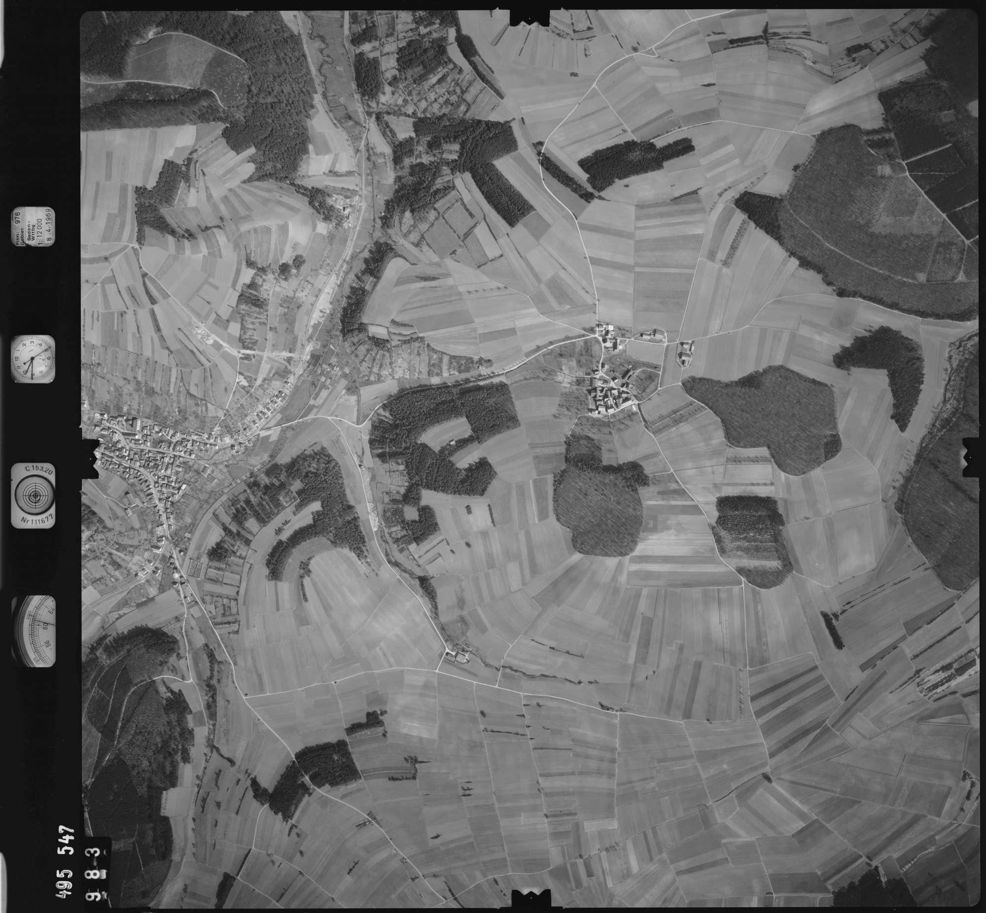 Luftbild: Film 976 Bildnr. 983, Bild 1
