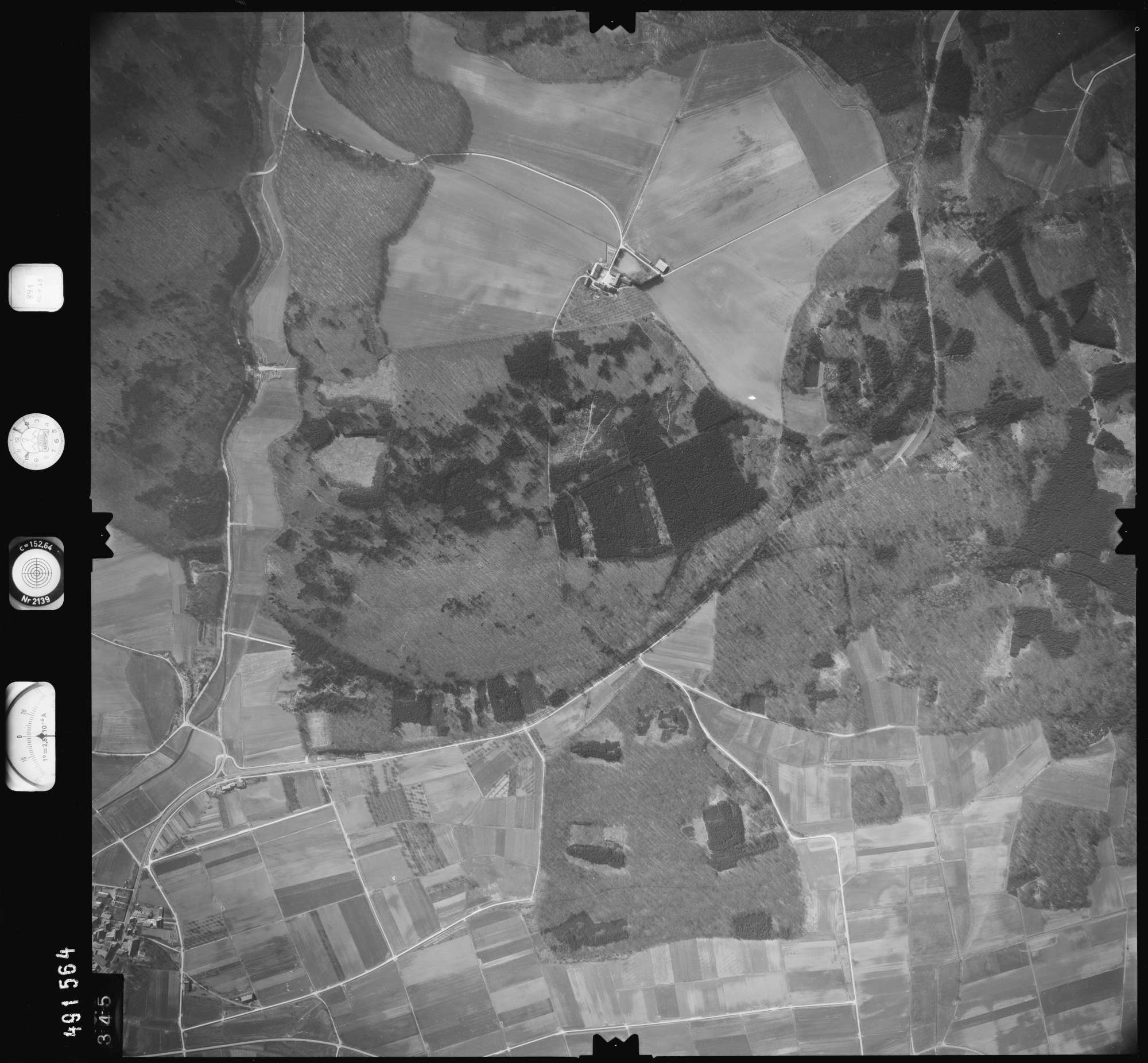 Luftbild: Film 891 Bildnr. 345, Bild 1
