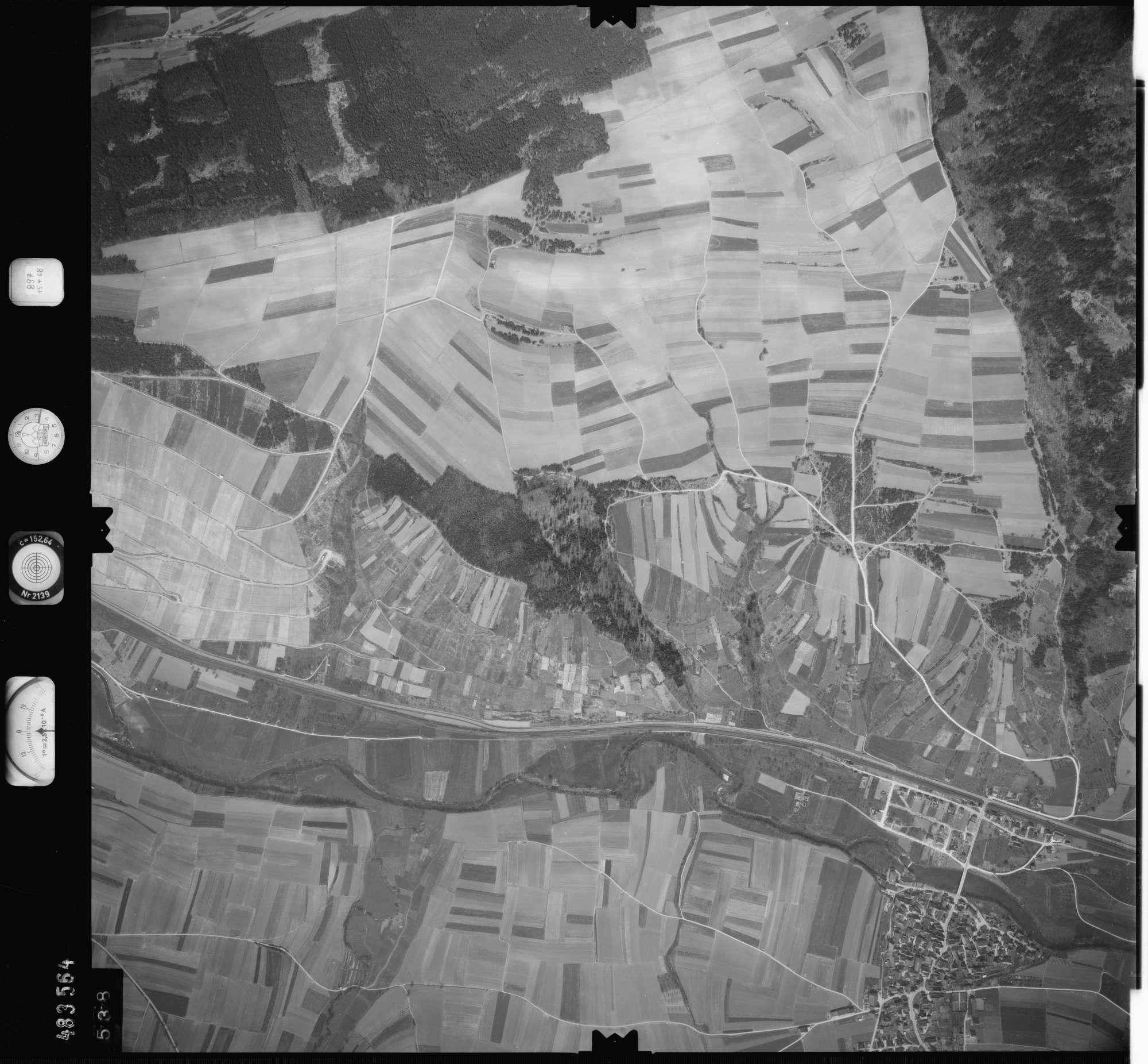 Luftbild: Film 897 Bildnr. 538, Bild 1