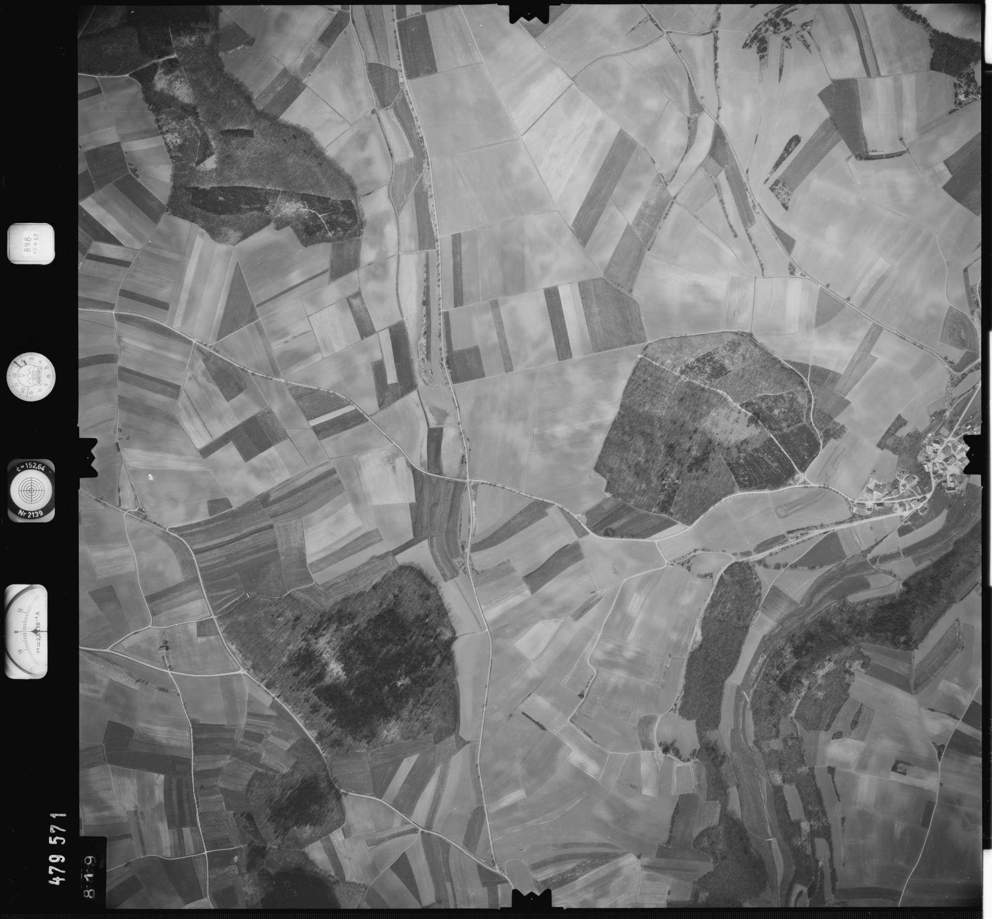 Luftbild: Film 898 Bildnr. 819, Bild 1