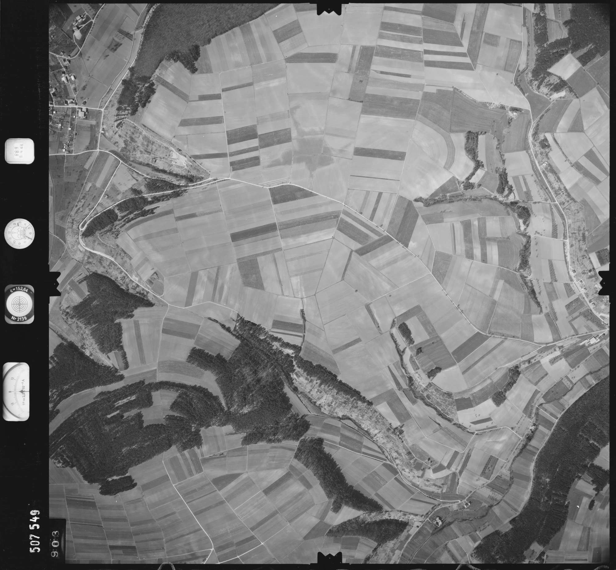 Luftbild: Film 890 Bildnr. 903, Bild 1