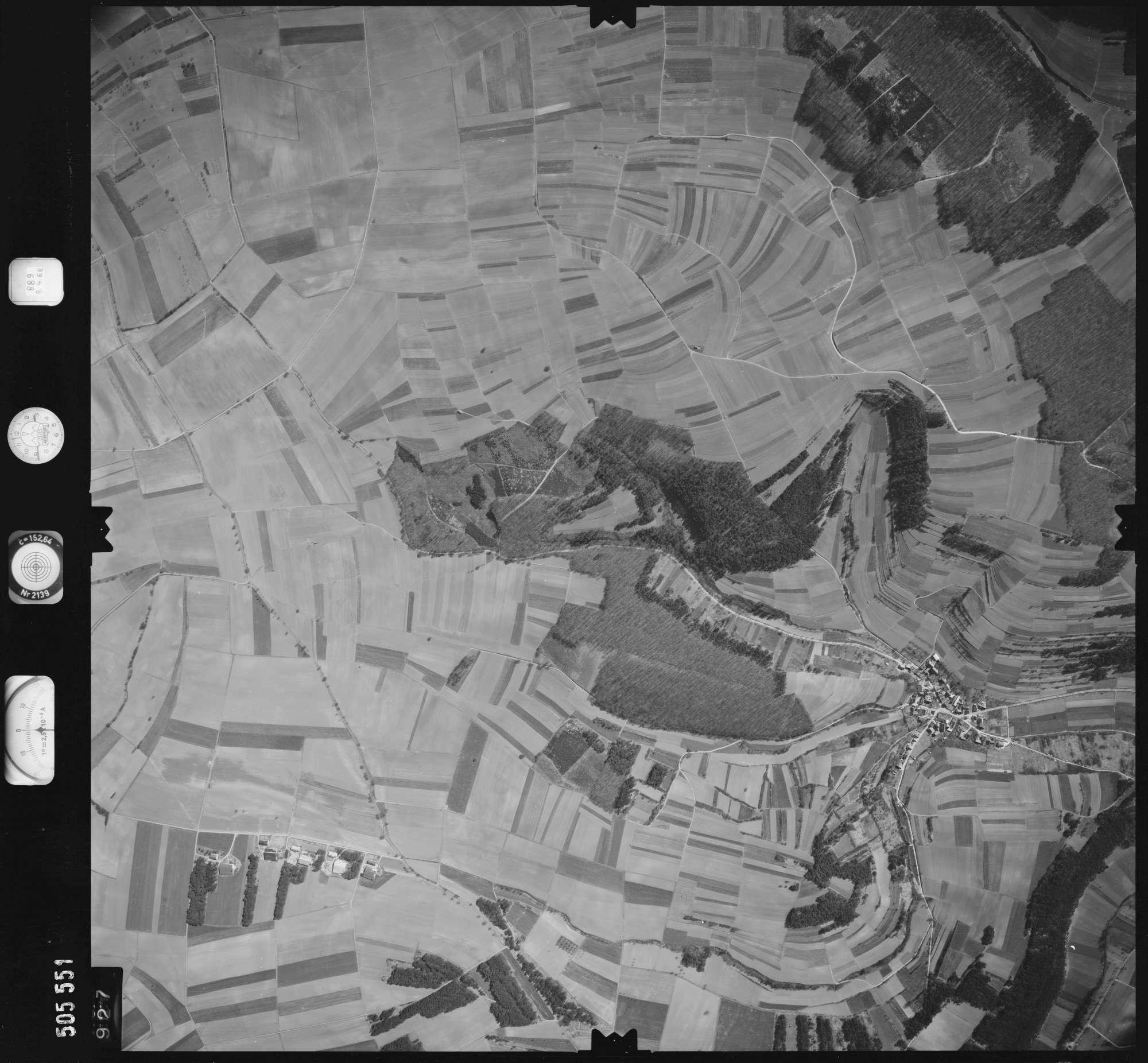Luftbild: Film 890 Bildnr. 927, Bild 1