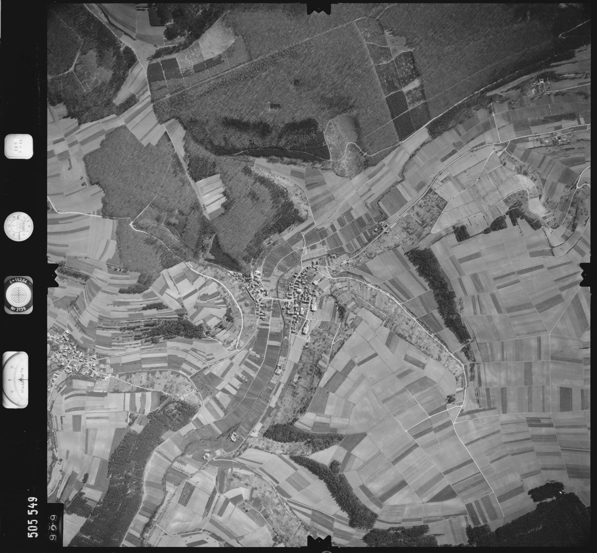 Luftbild: Film 890 Bildnr. 929, Bild 1