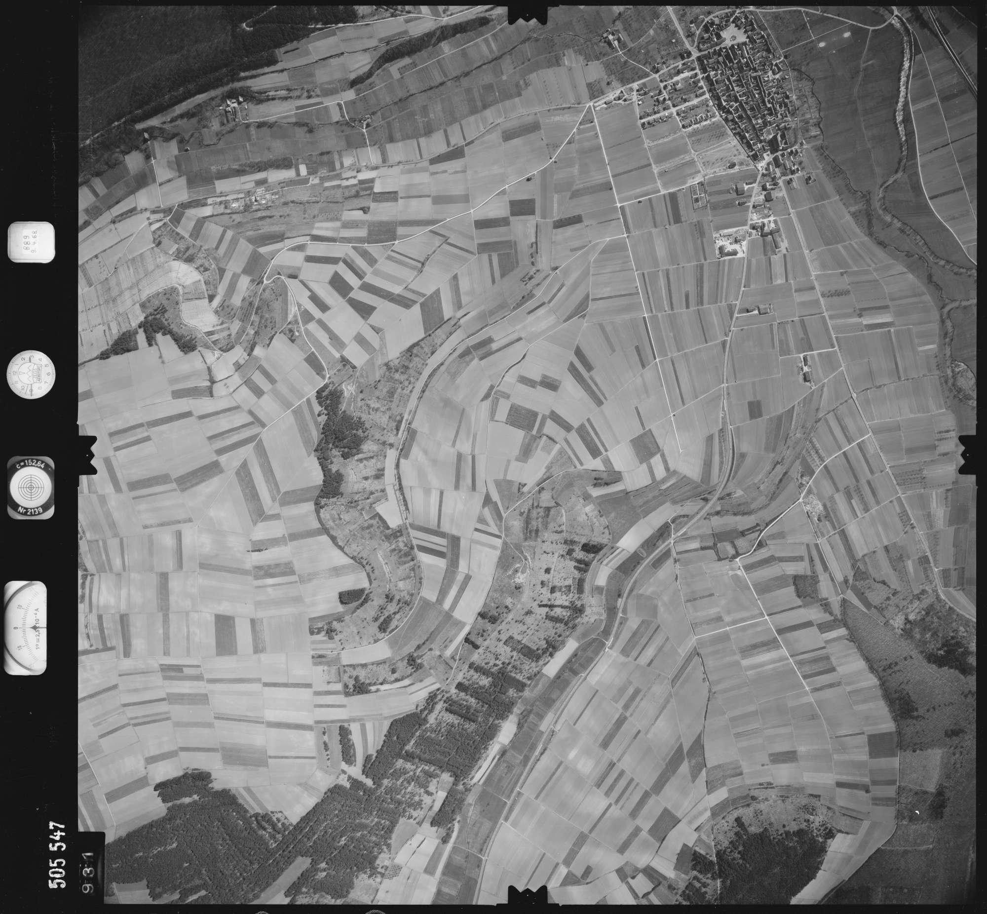 Luftbild: Film 890 Bildnr. 931, Bild 1
