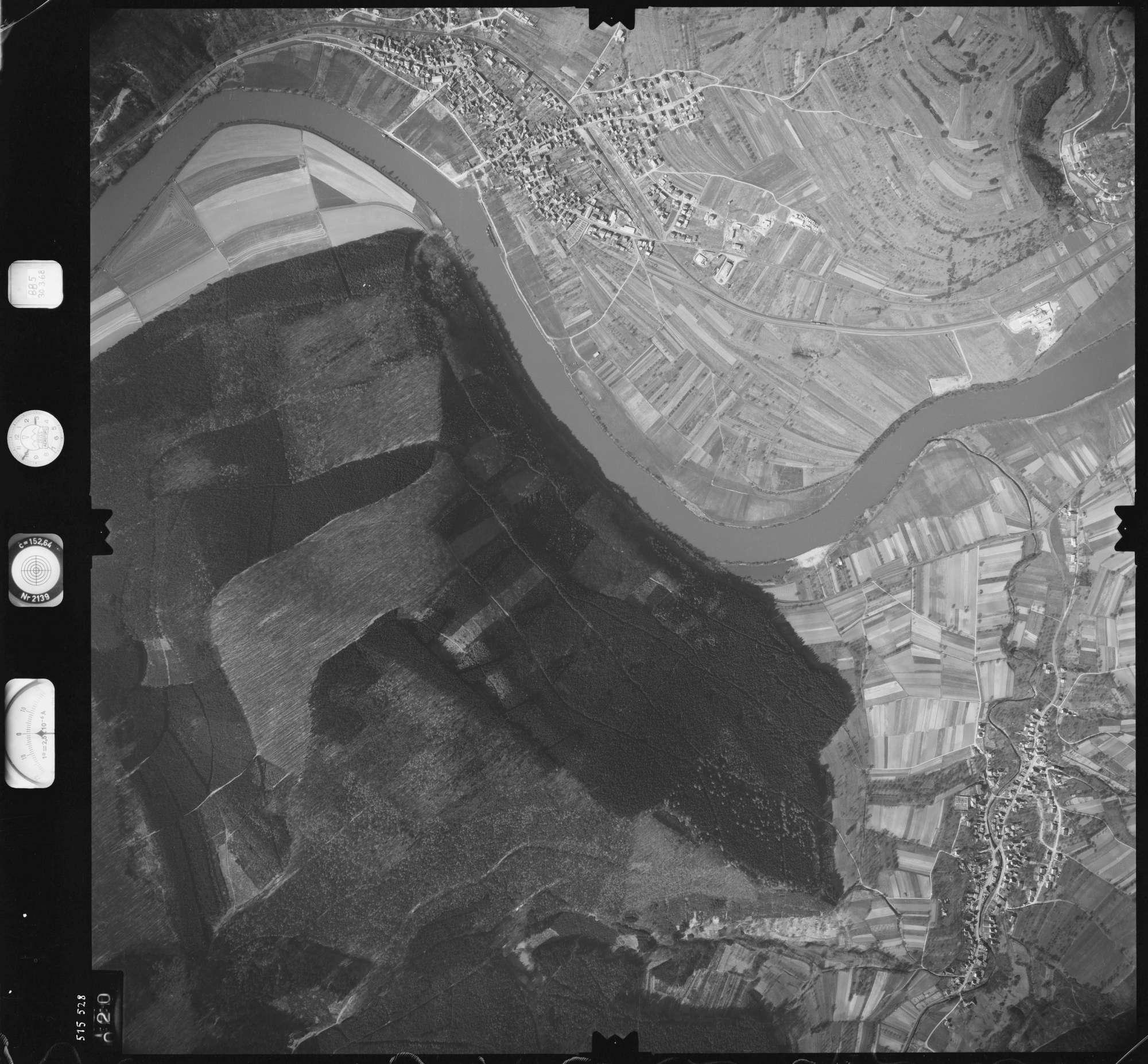 Luftbild: Film 885 Bildnr. 20, Bild 1