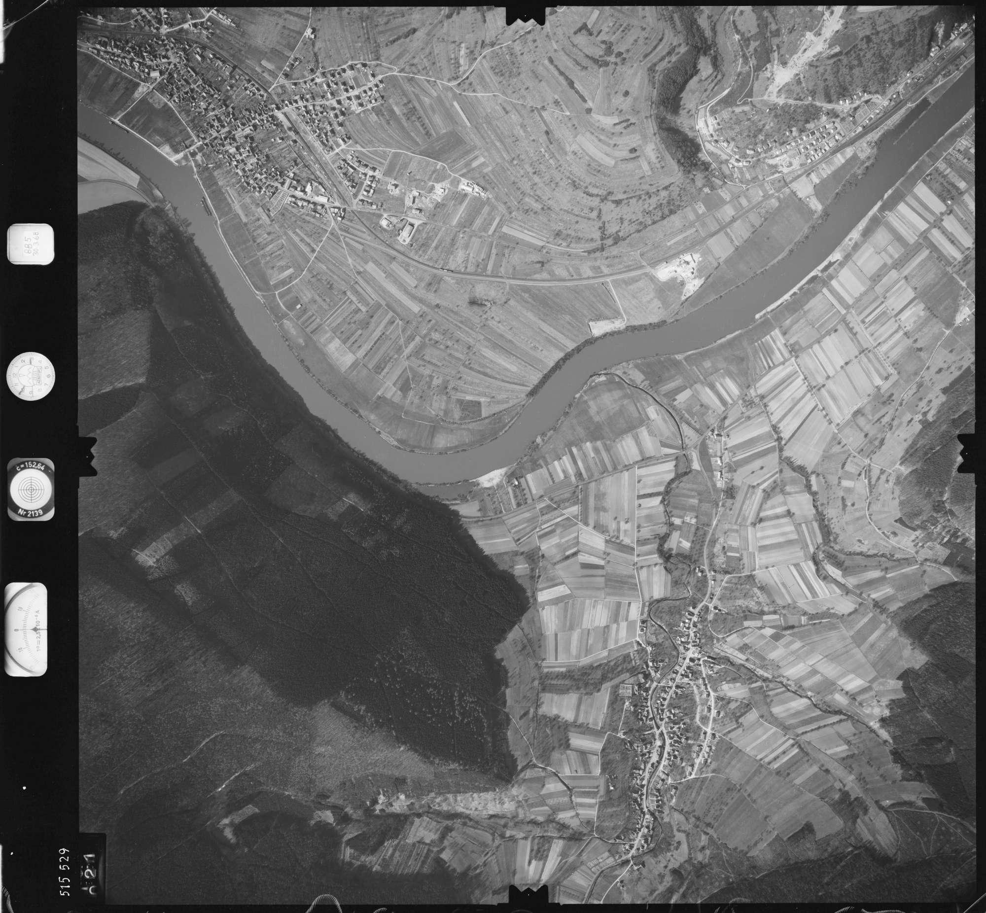 Luftbild: Film 885 Bildnr. 21, Bild 1