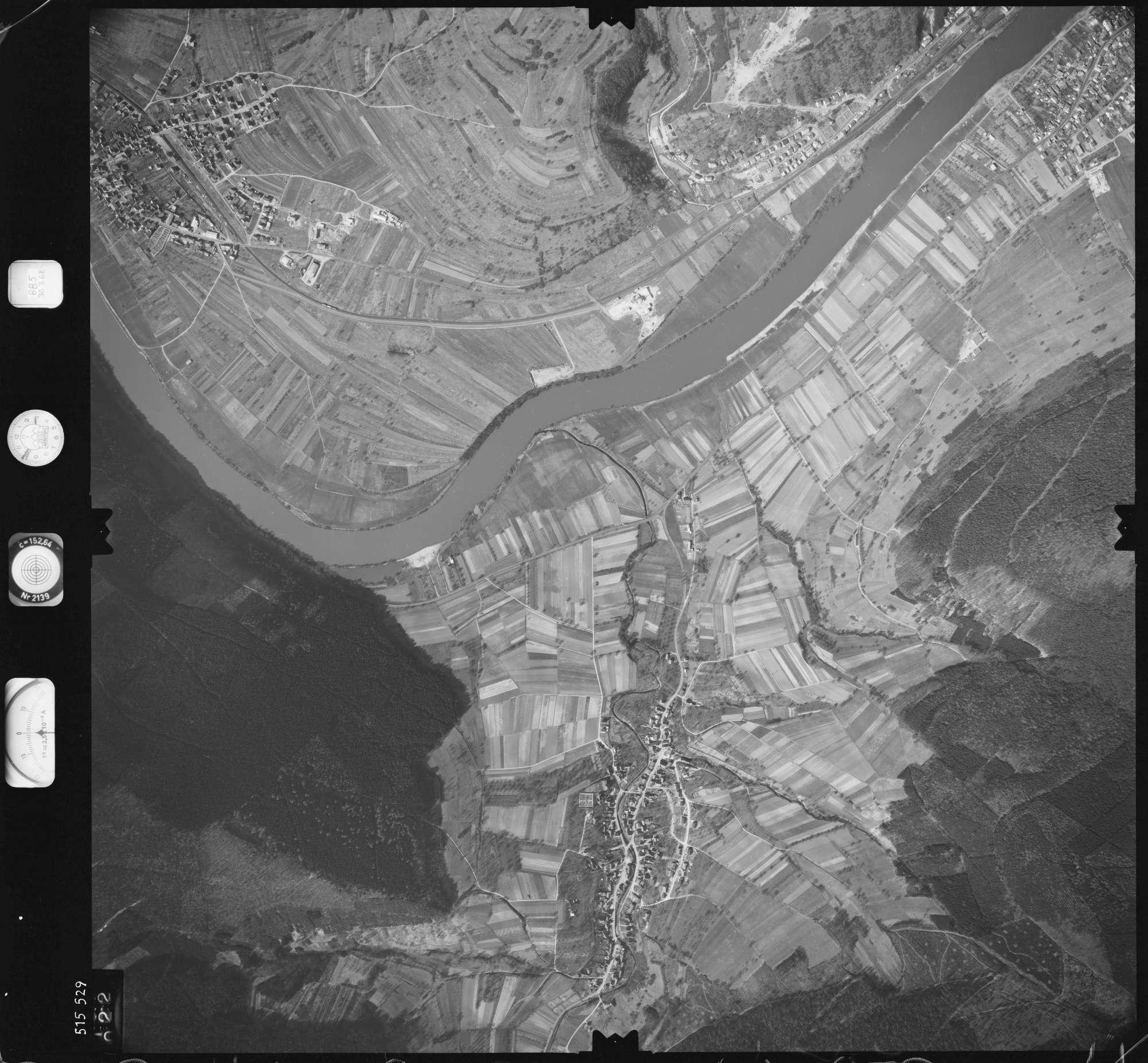 Luftbild: Film 885 Bildnr. 22, Bild 1