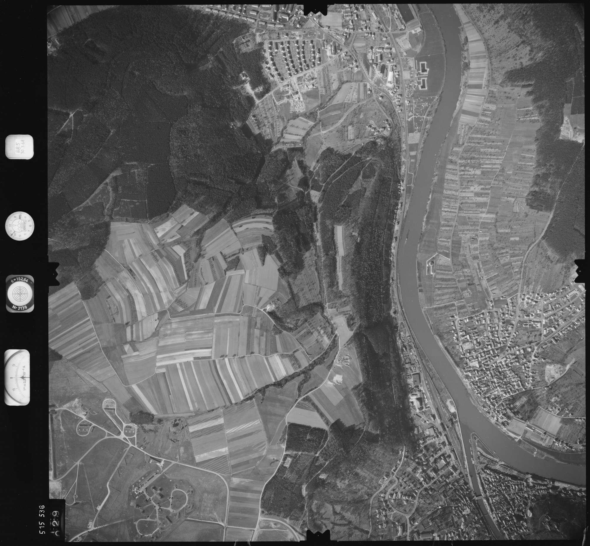 Luftbild: Film 885 Bildnr. 29, Bild 1