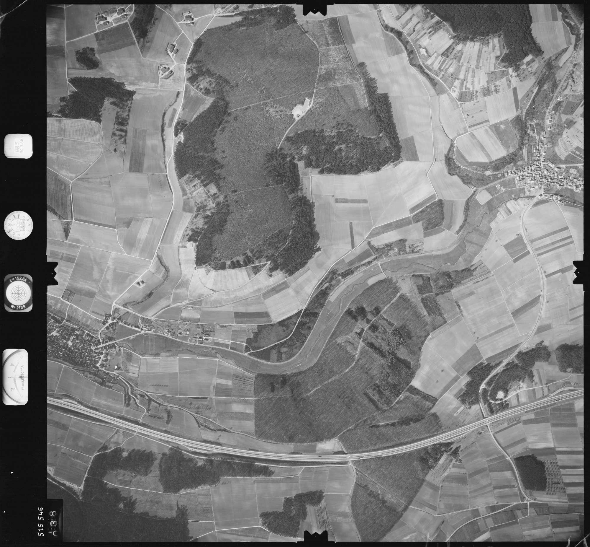 Luftbild: Film 885 Bildnr. 38, Bild 1