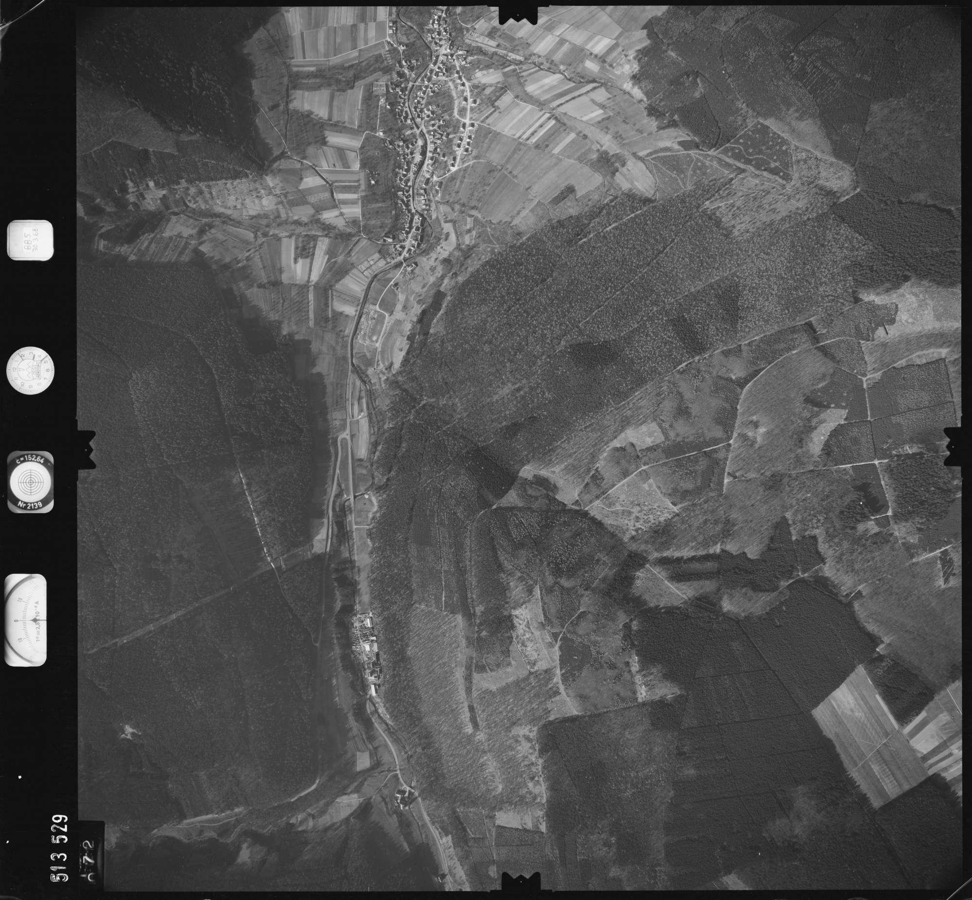 Luftbild: Film 885 Bildnr. 72, Bild 1