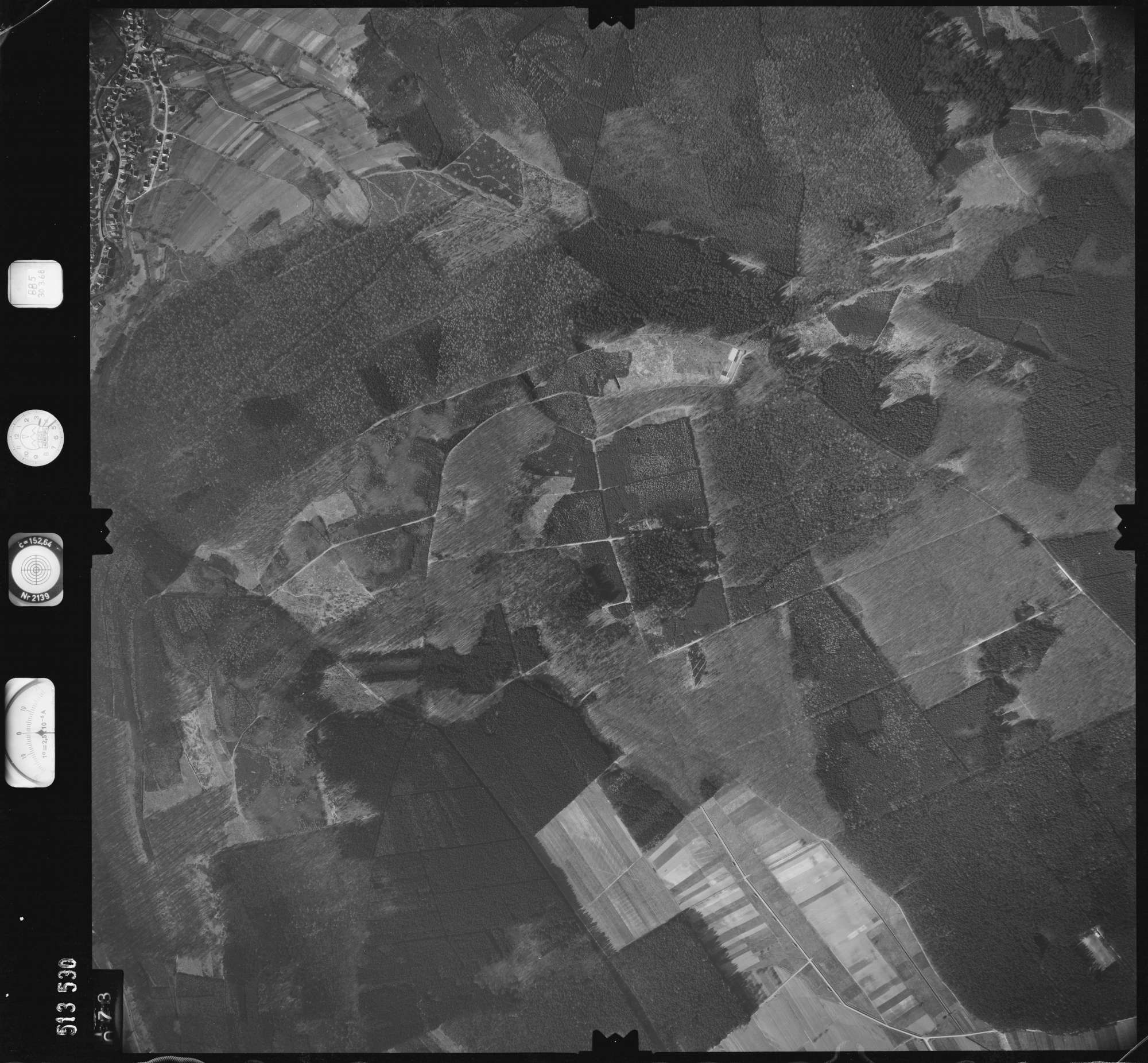 Luftbild: Film 885 Bildnr. 73, Bild 1
