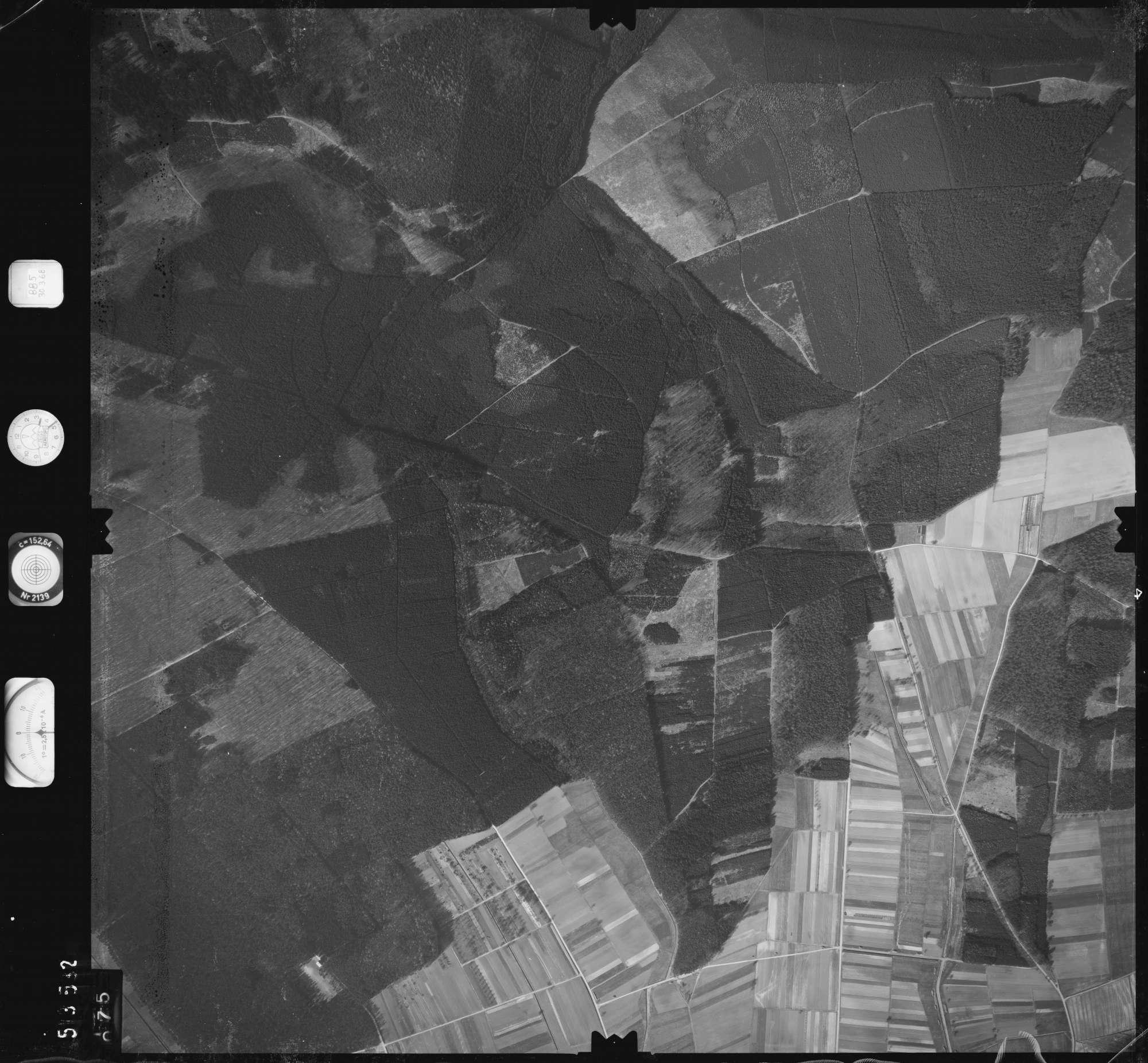 Luftbild: Film 885 Bildnr. 75, Bild 1
