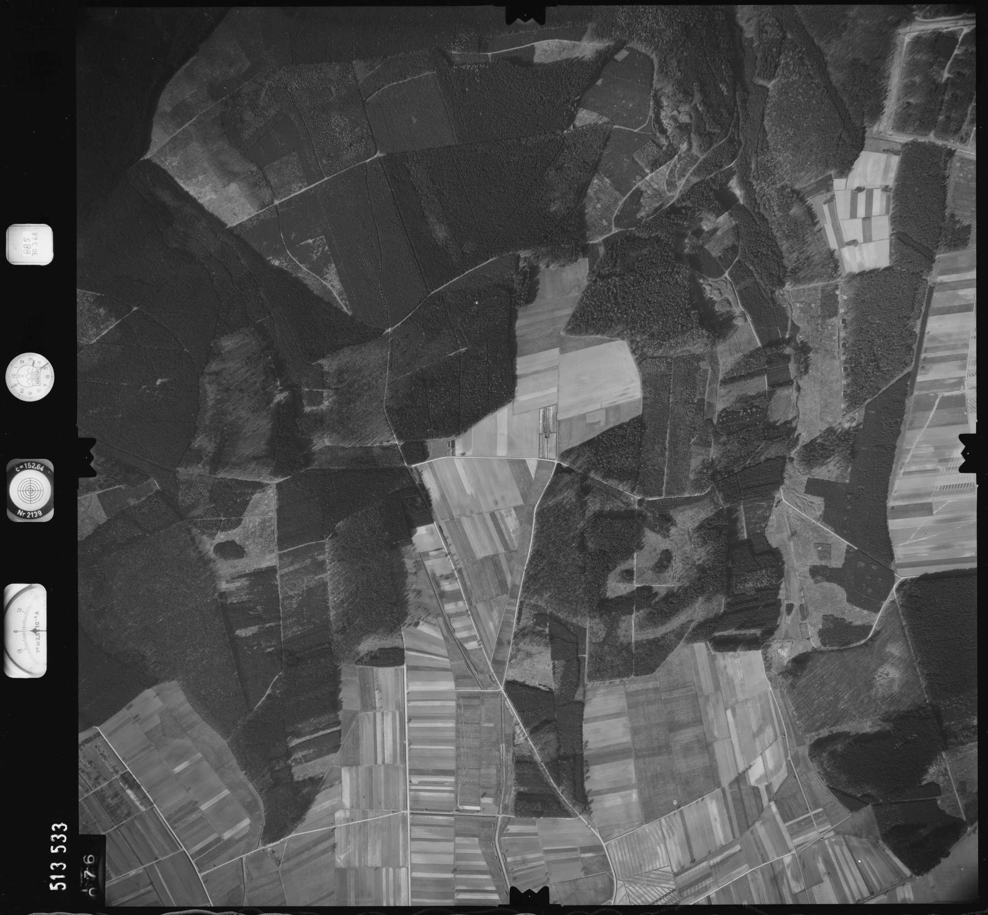 Luftbild: Film 885 Bildnr. 76, Bild 1
