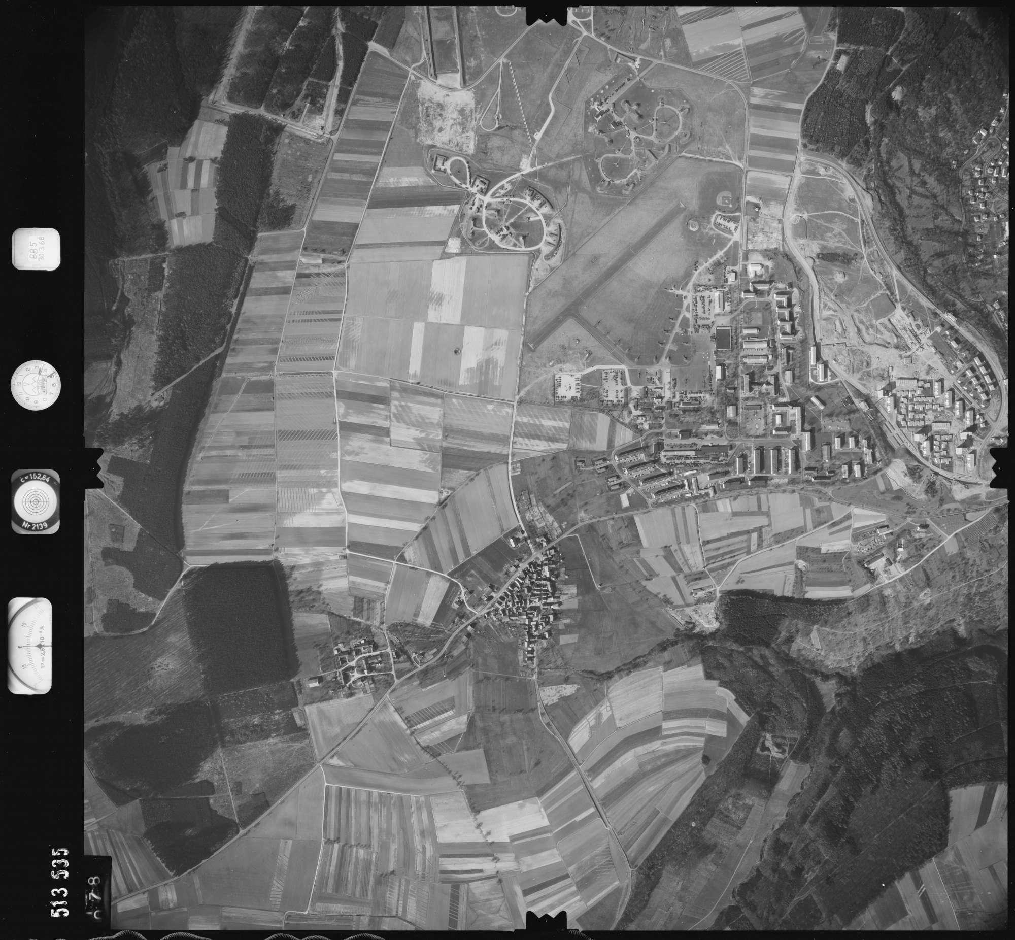 Luftbild: Film 885 Bildnr. 78, Bild 1