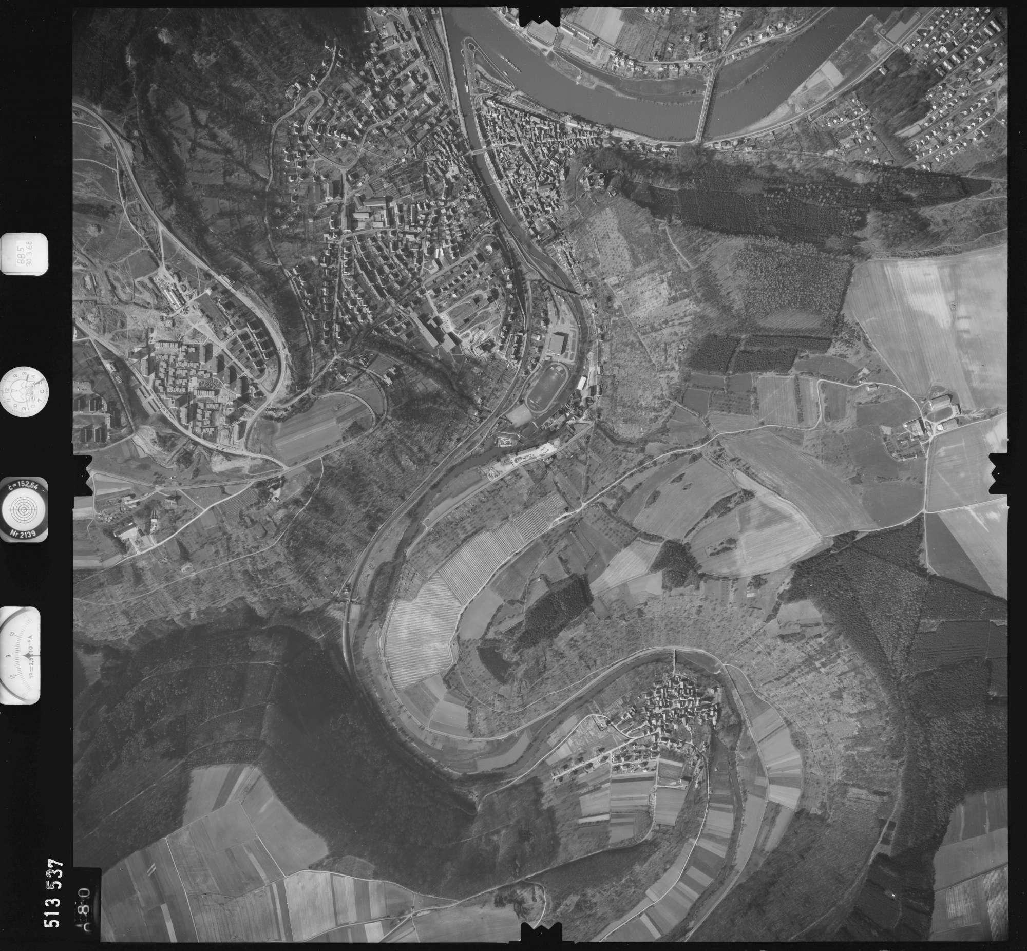 Luftbild: Film 885 Bildnr. 80, Bild 1
