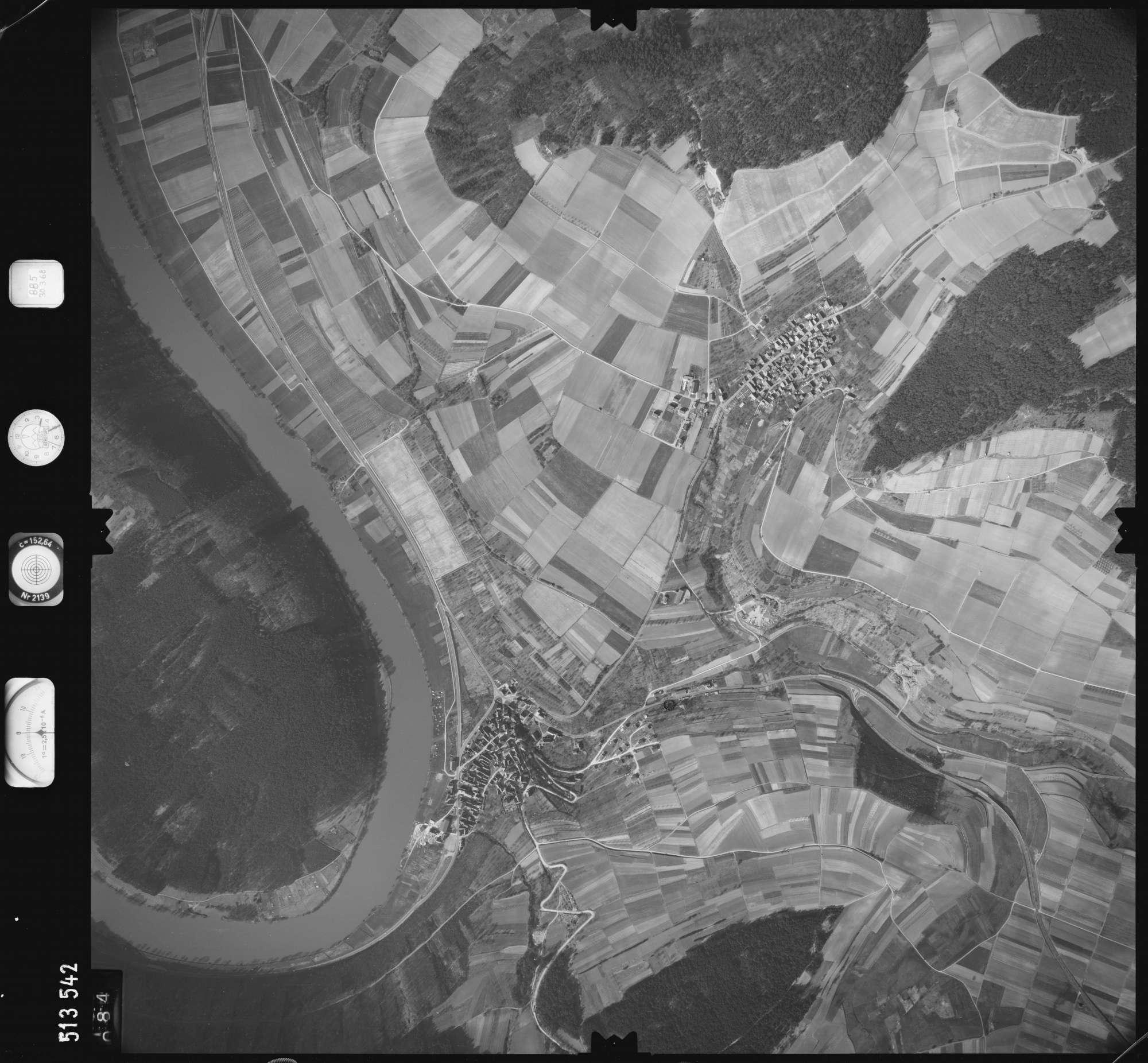 Luftbild: Film 885 Bildnr. 84, Bild 1