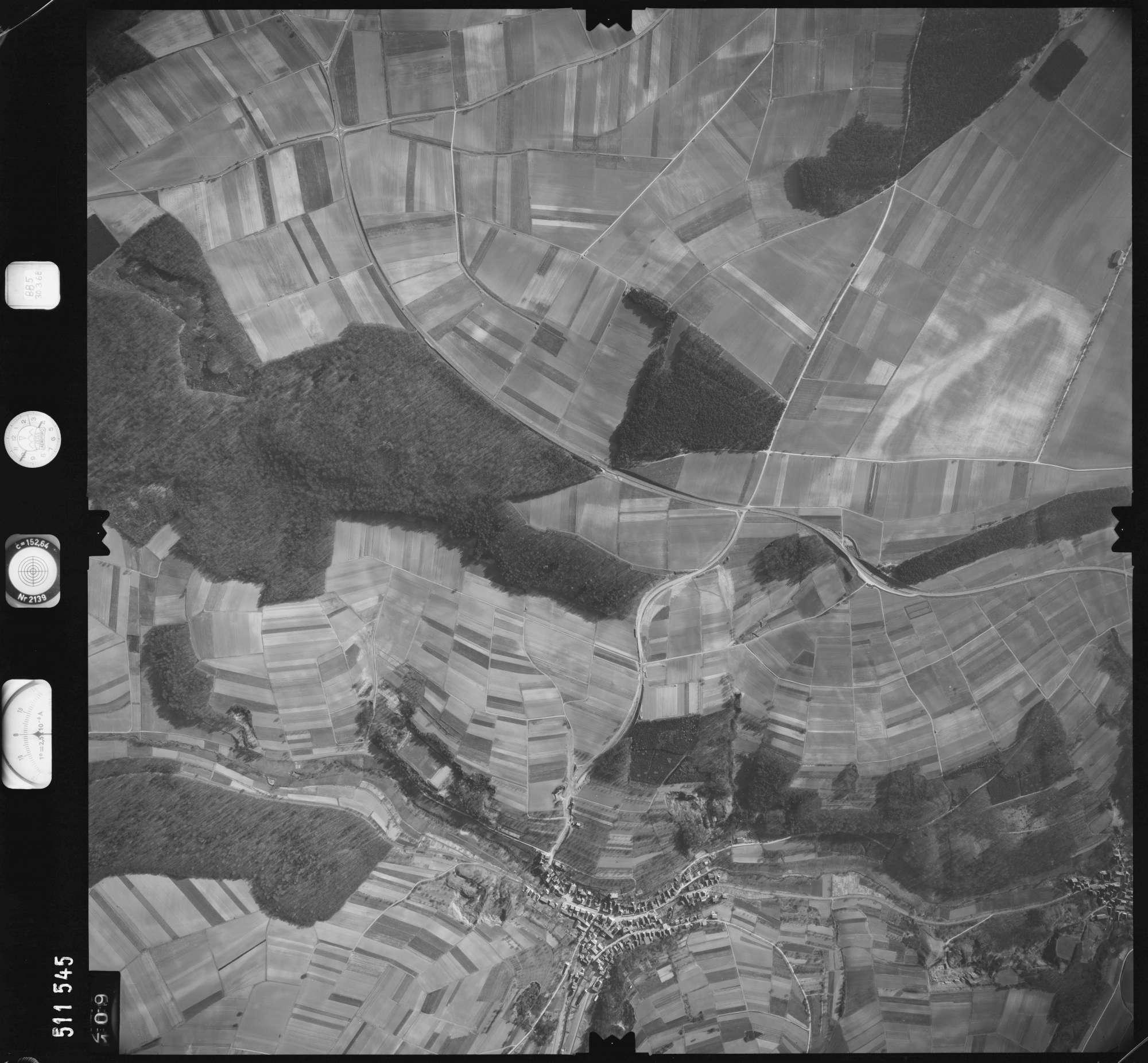 Luftbild: Film 885 Bildnr. 109, Bild 1